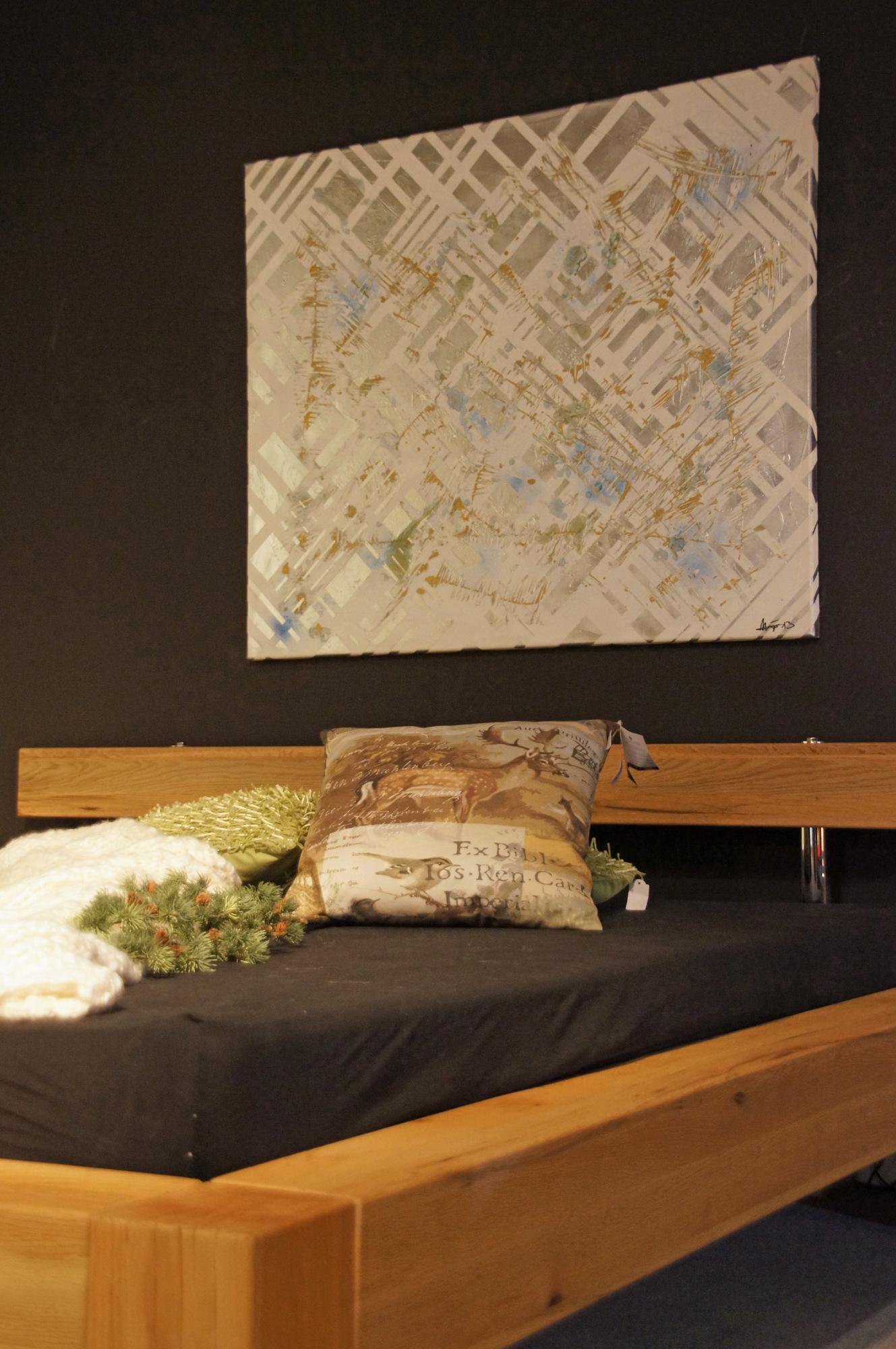 1537040285-wohnzimmer-original-acrylbild-silver-chameleon-100-x-120-cm.jpg
