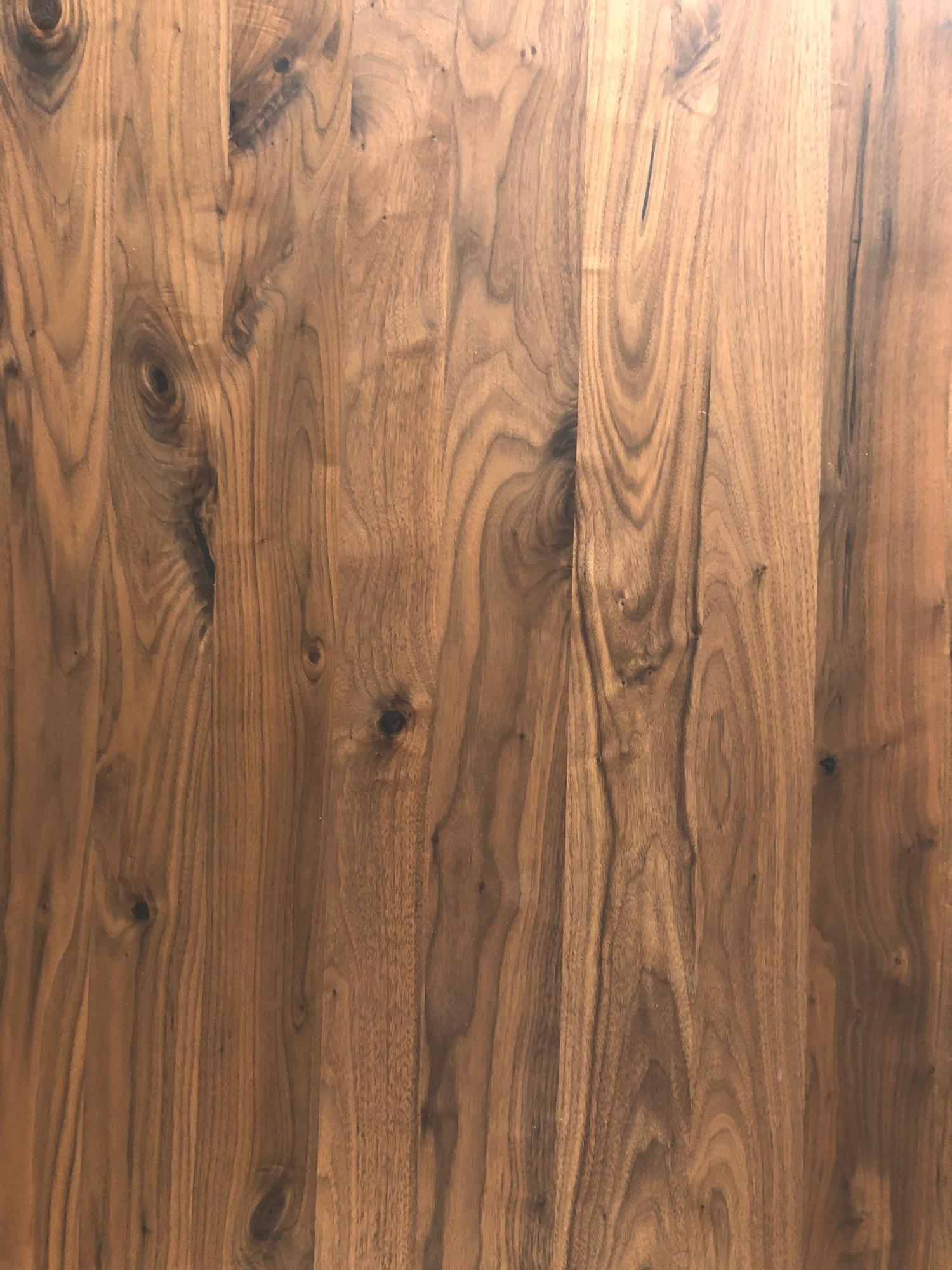 1534950124-essen-clone-massivholztisch-zeus-100x200-nussbaum_0.jpeg