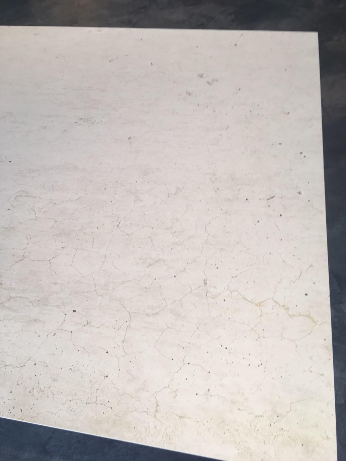1504007352-essen-mobliberica-tisch-julia_3.jpg