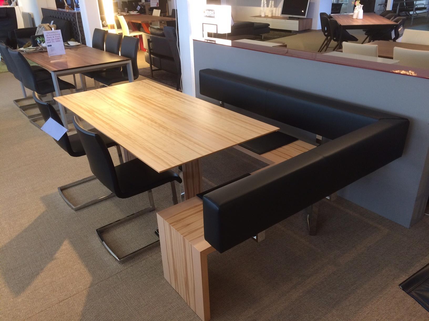 Eckbankkombination Mit Tisch Und 2 Stühlen Solovivo