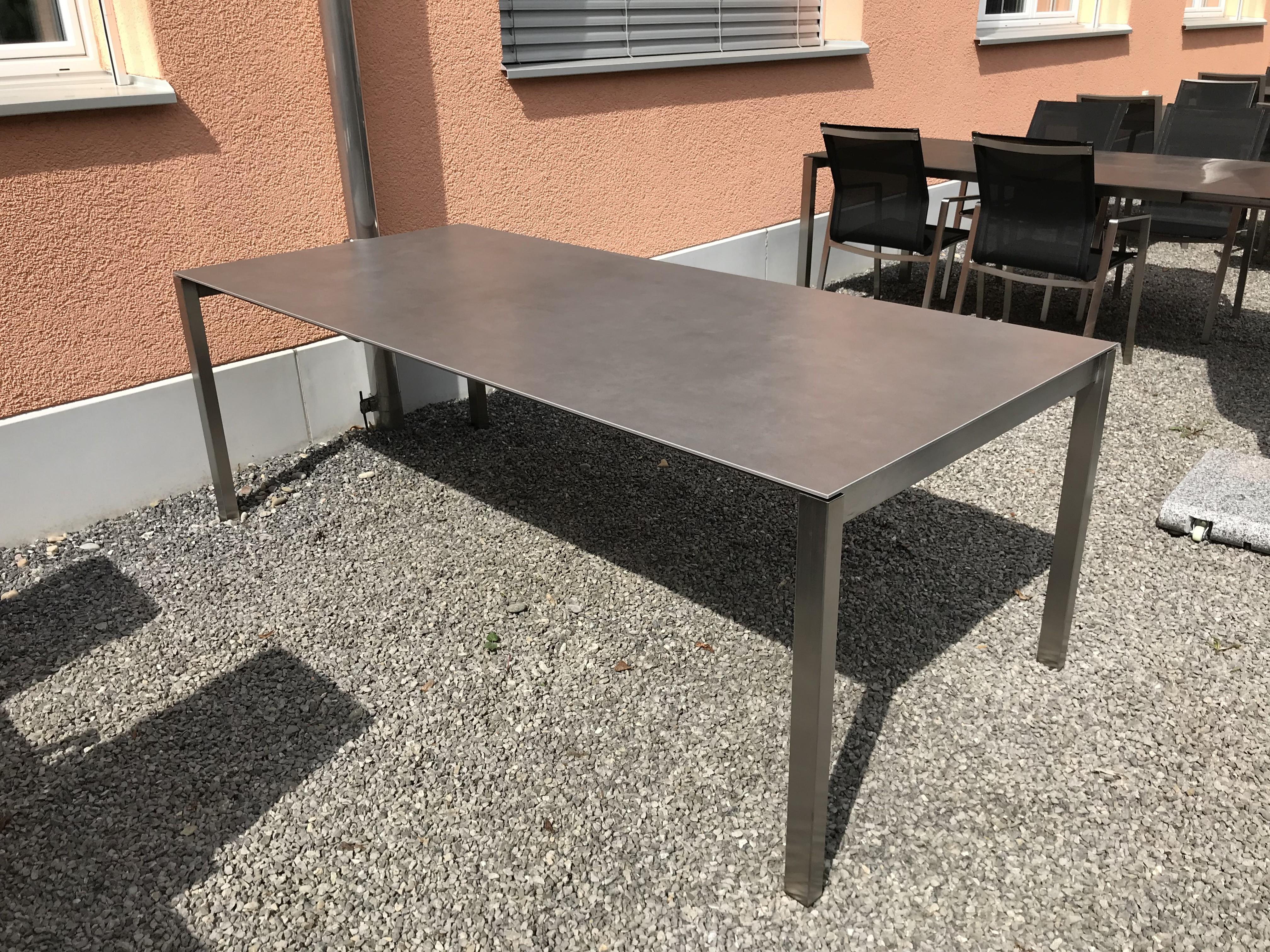 Auszugstisch Mano 210 - 330cm Keramik Beton dunkel 09