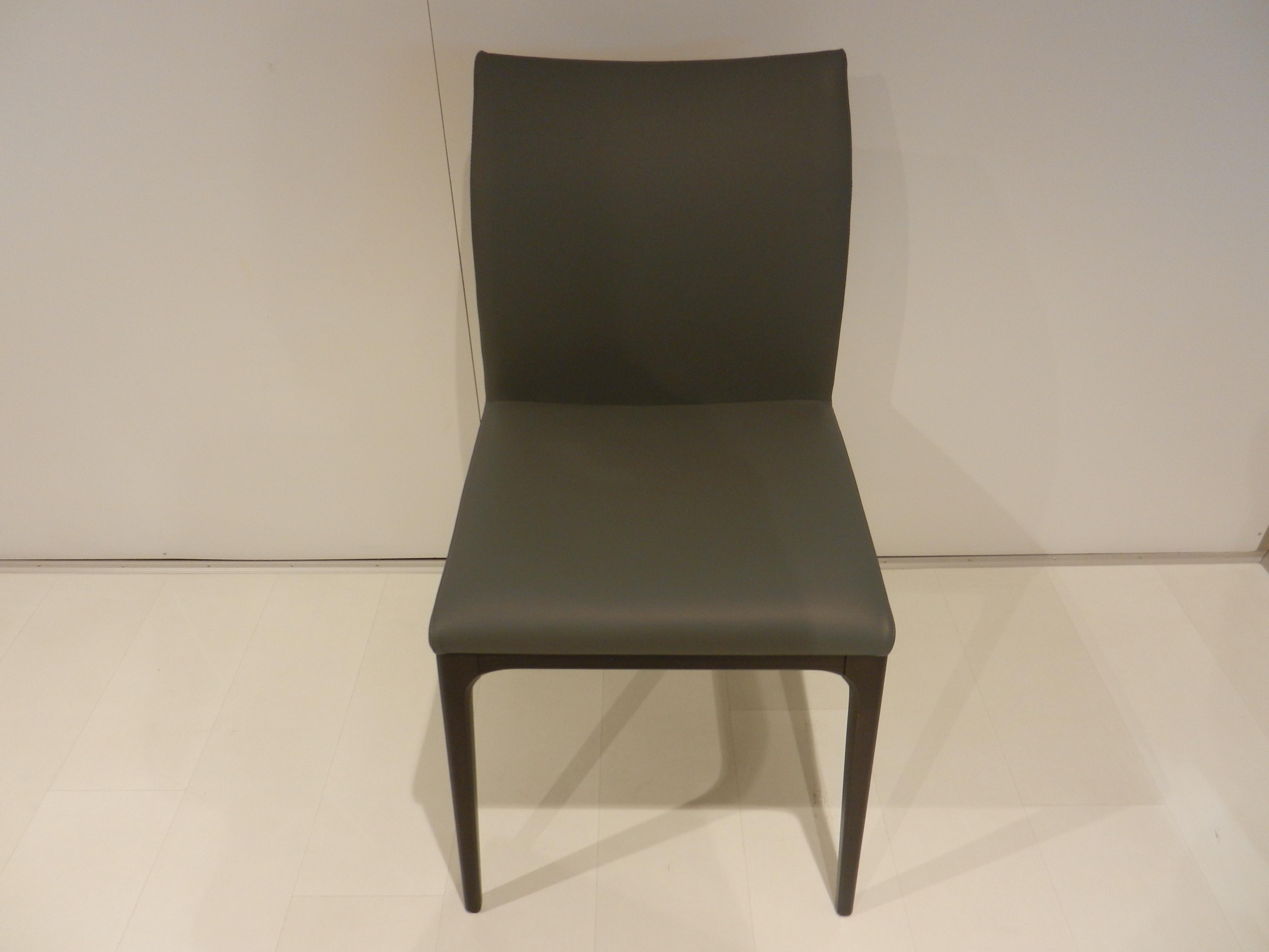 6 Stühle Arcadia von Cattelan 02