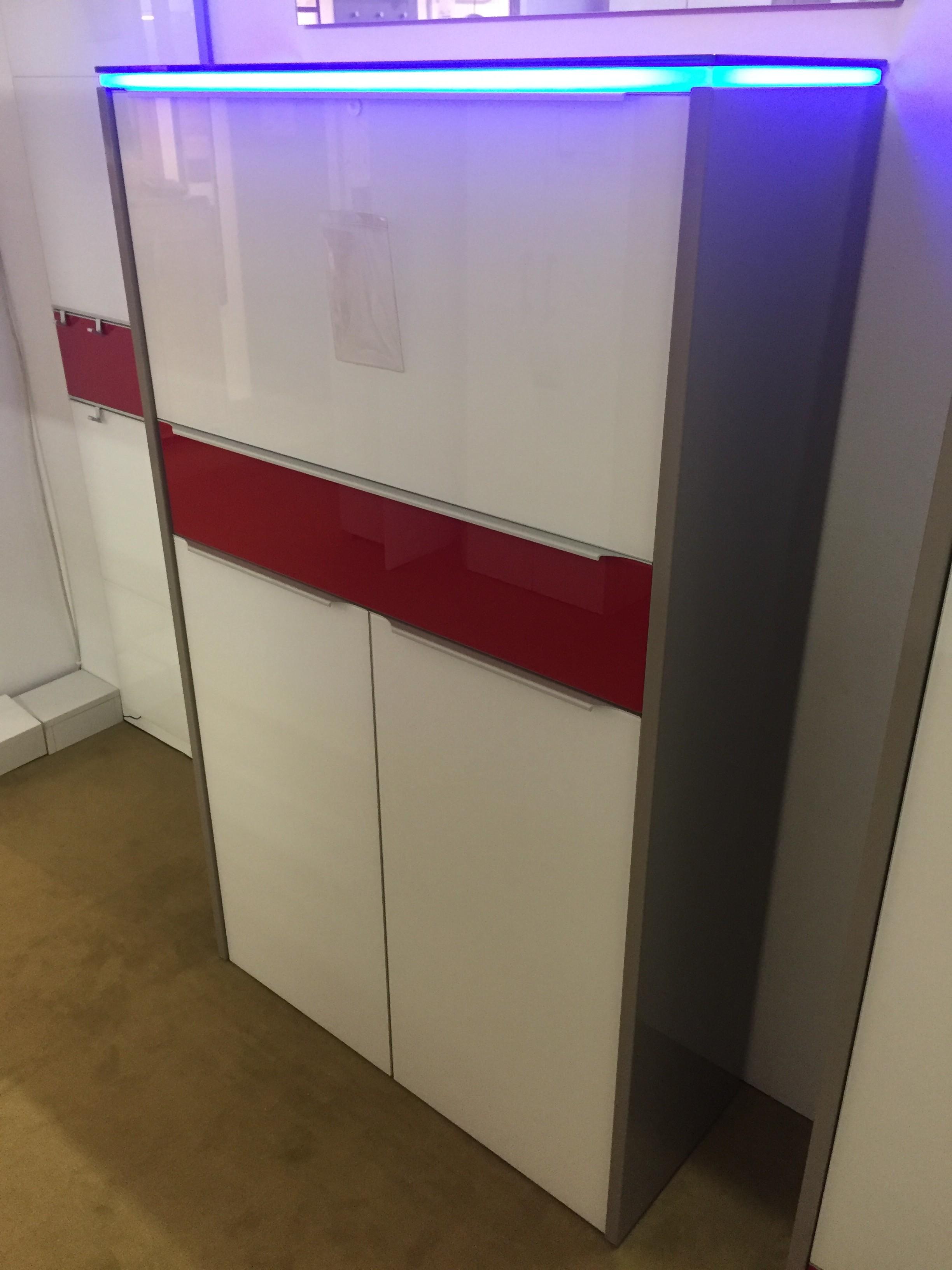 Garderobenkombination 01