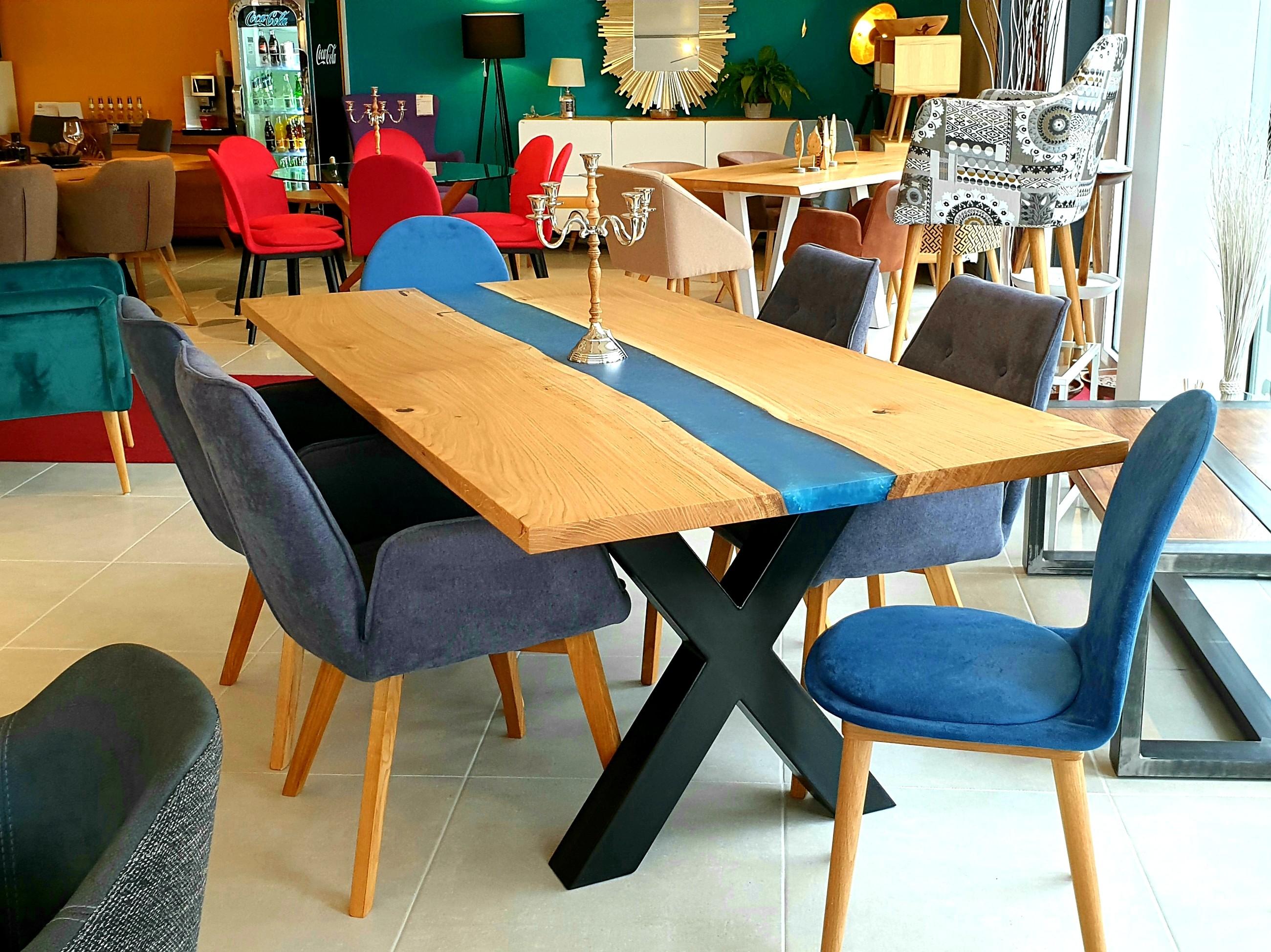 Galaxy River Blue Table mit Epoxid 01