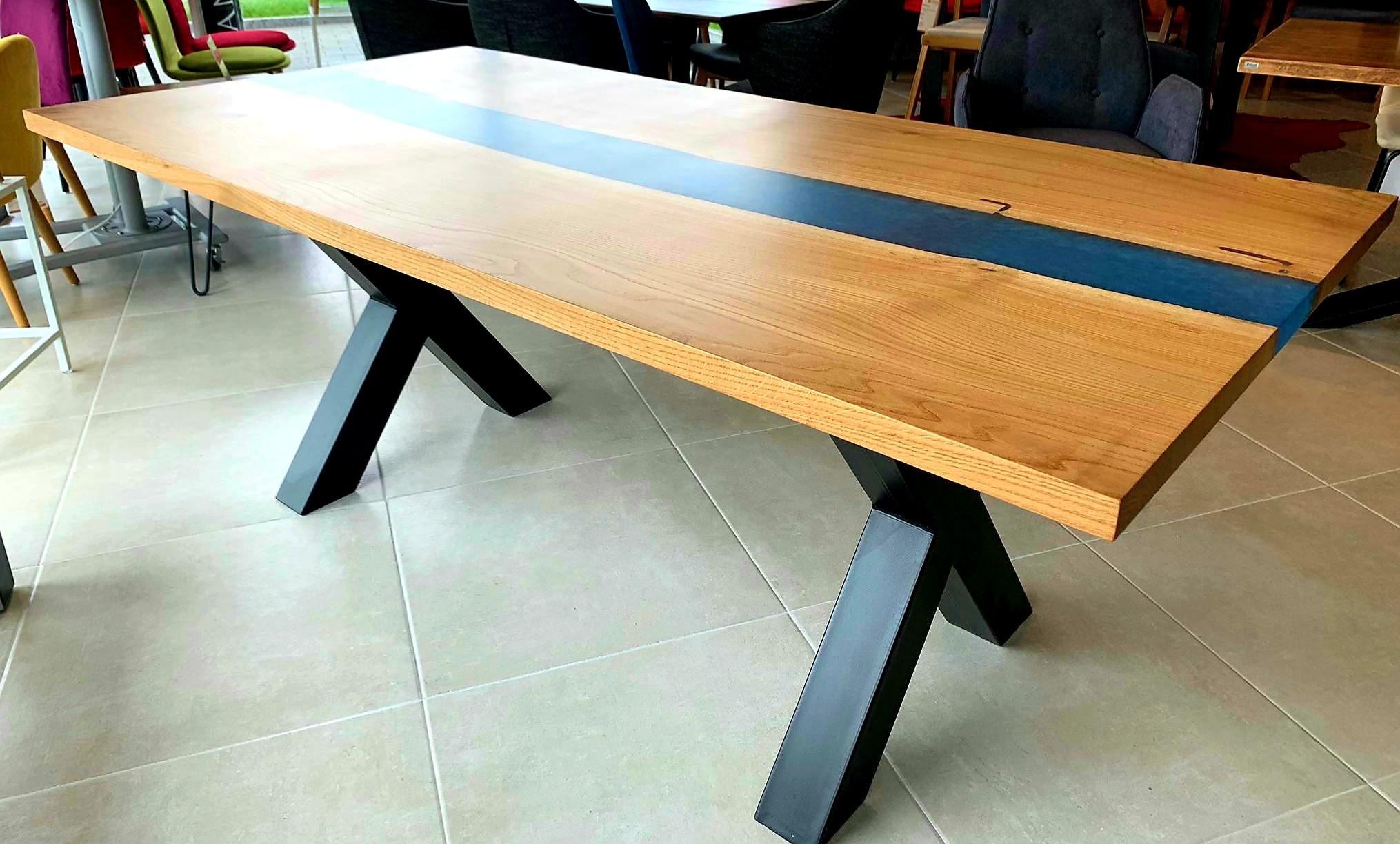 Galaxy River Blue Table mit Epoxid 08