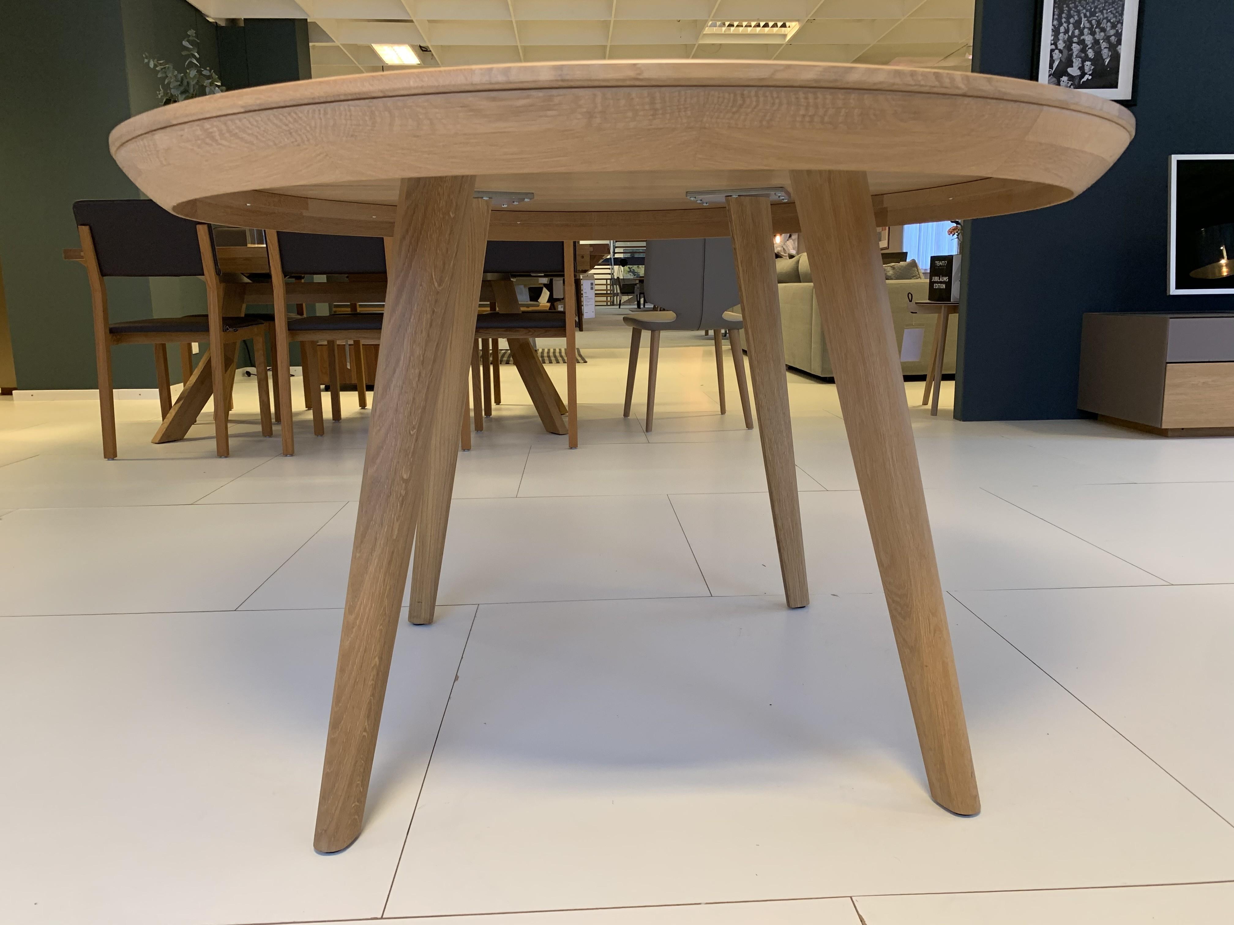 Esskombintation Tisch und Stühle (4 STK) Team7 03