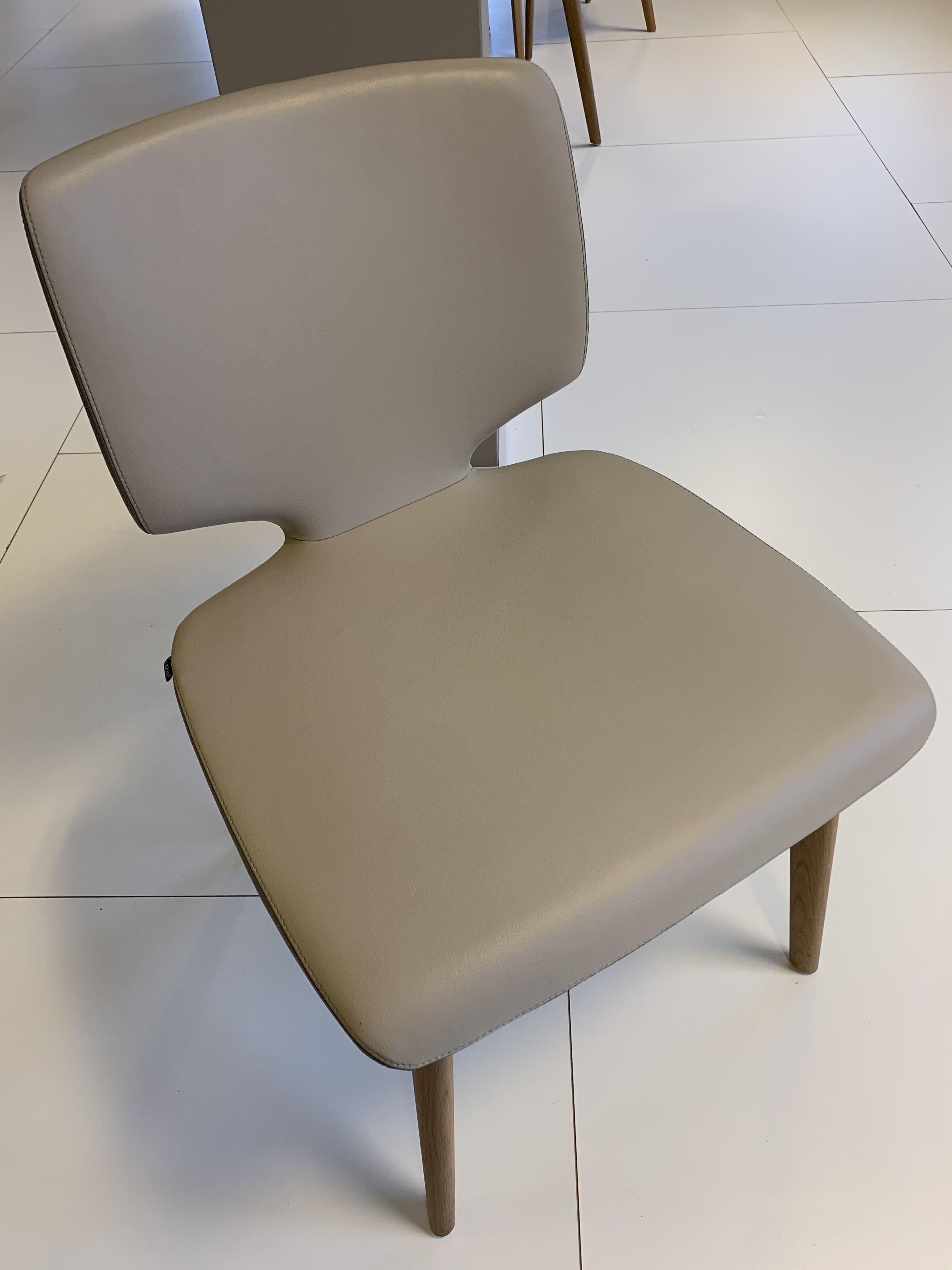 Esskombintation Tisch und Stühle (4 STK) Team7 07