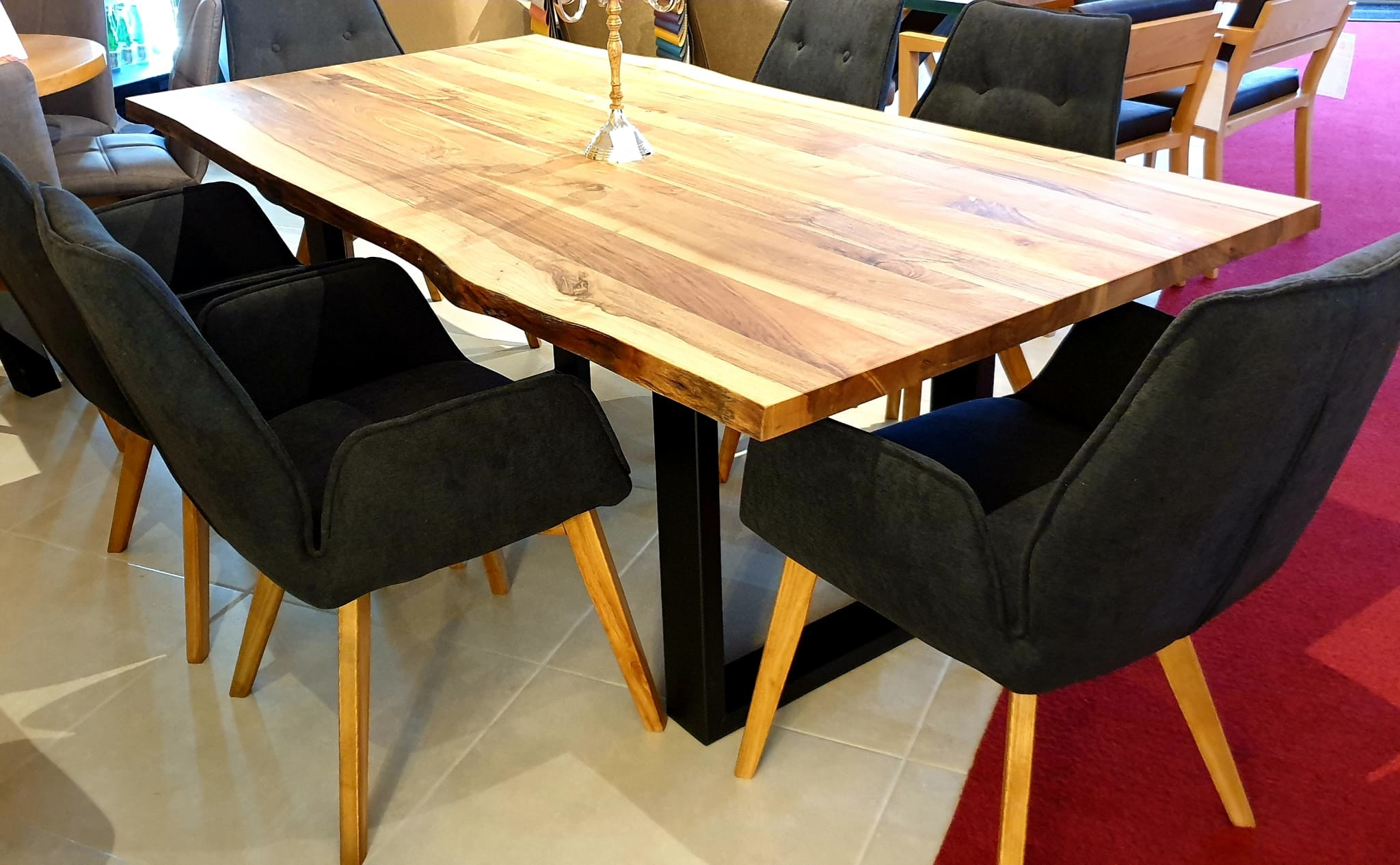 Esstisch Walnut Table 10