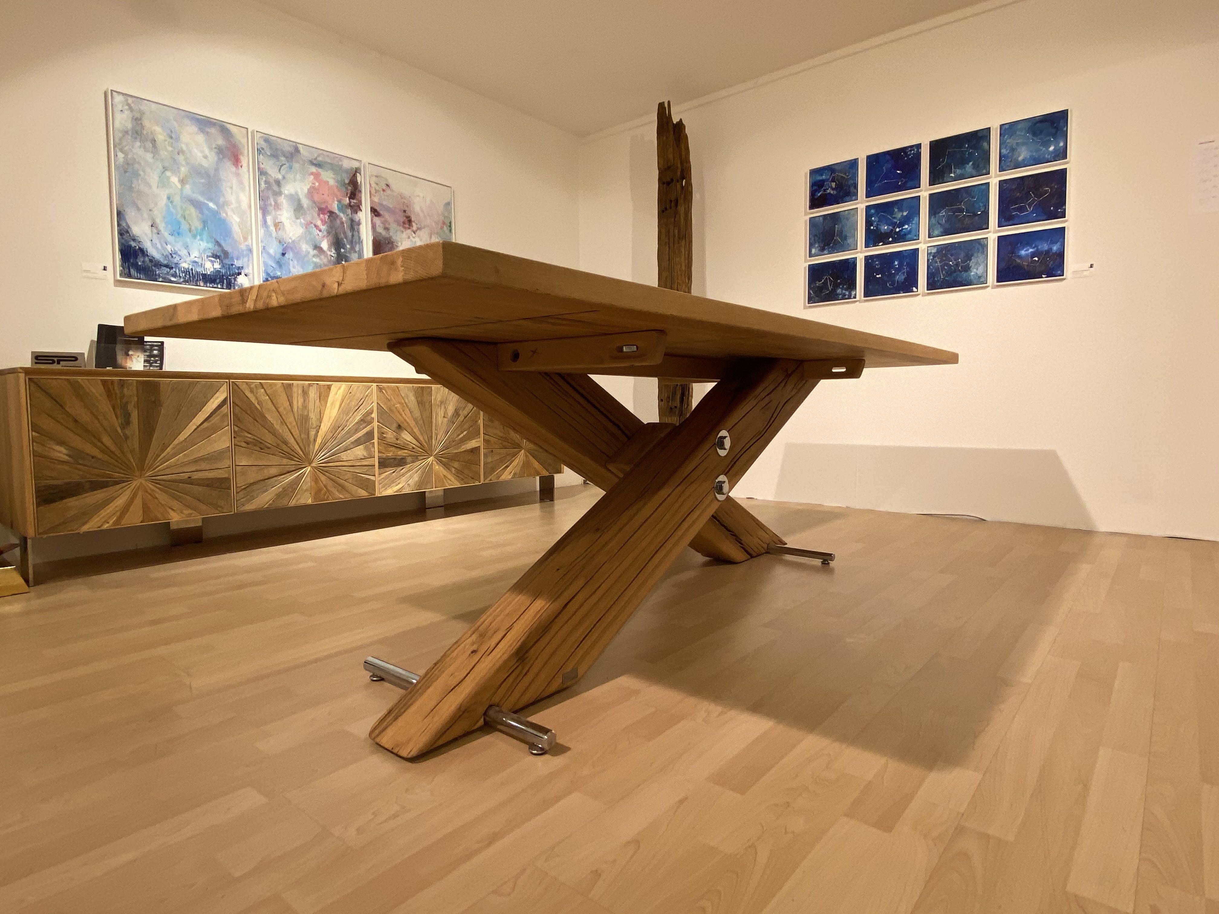 Tisch Kreuzfuss 01