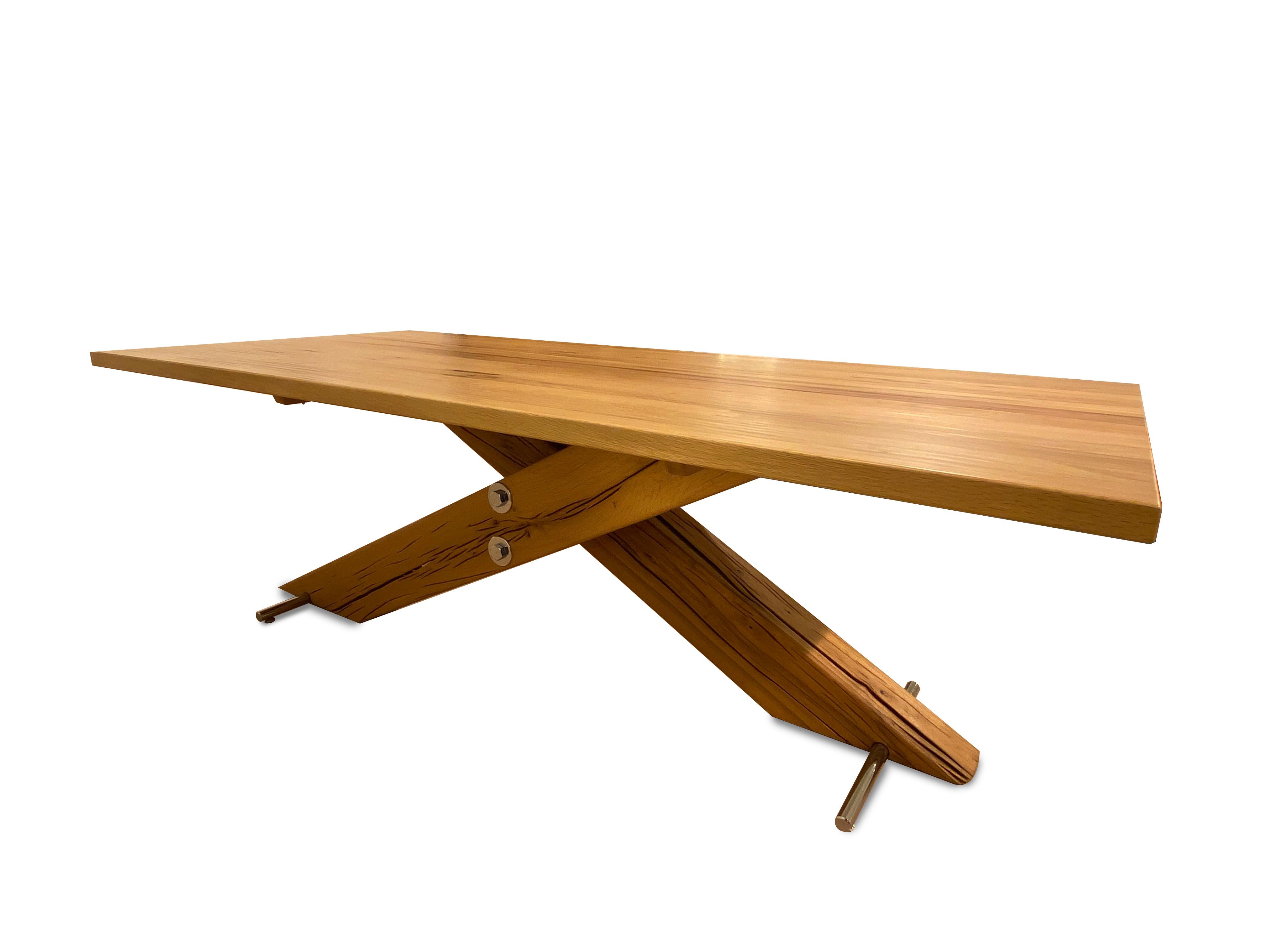 Tisch Kreuzfuss 04