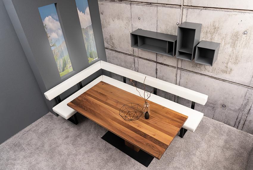 Tischgruppe mit Eckbank und 3 Stühlen Lüönd 05