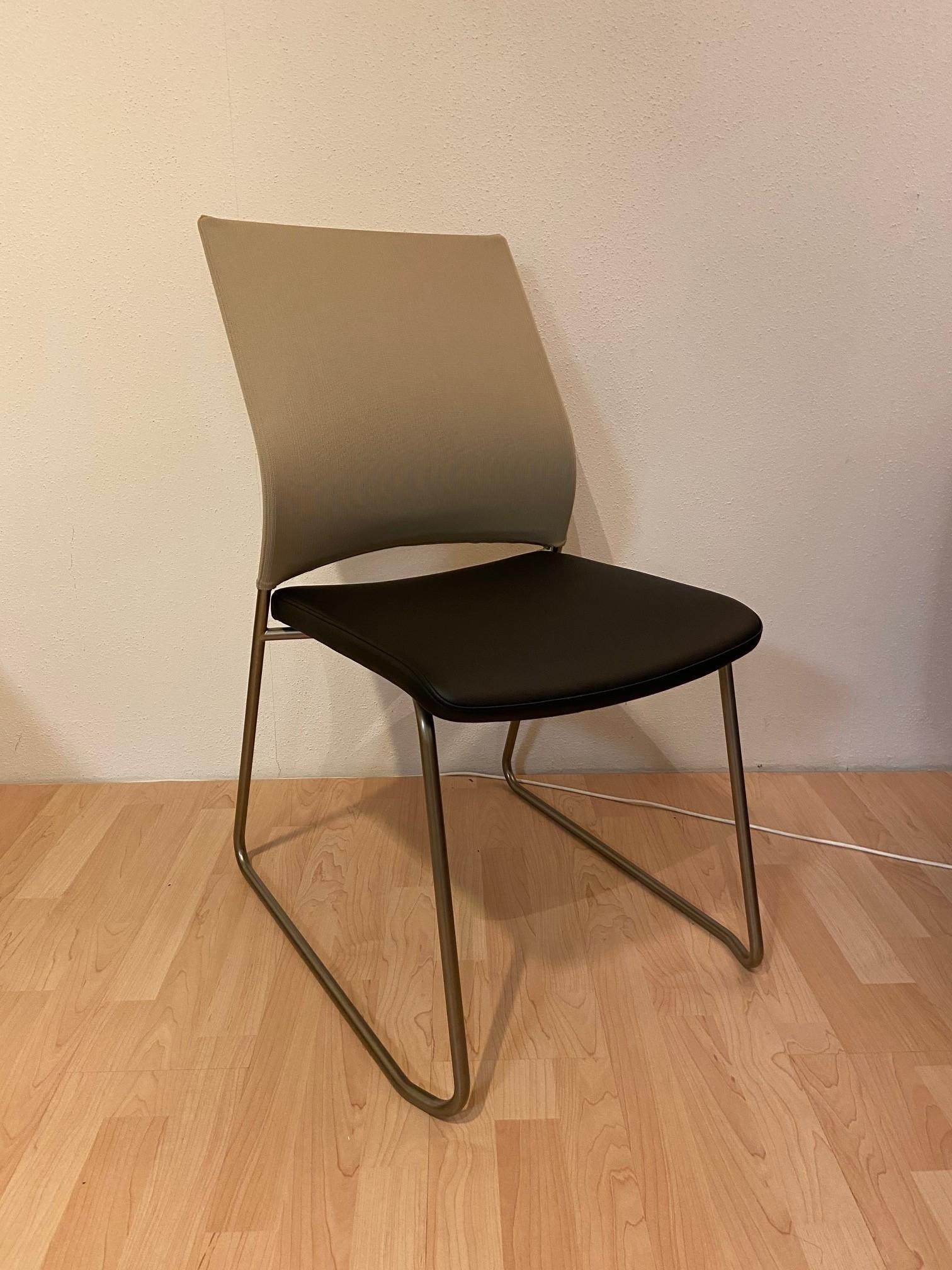 Stühle Bow von Bacher 01