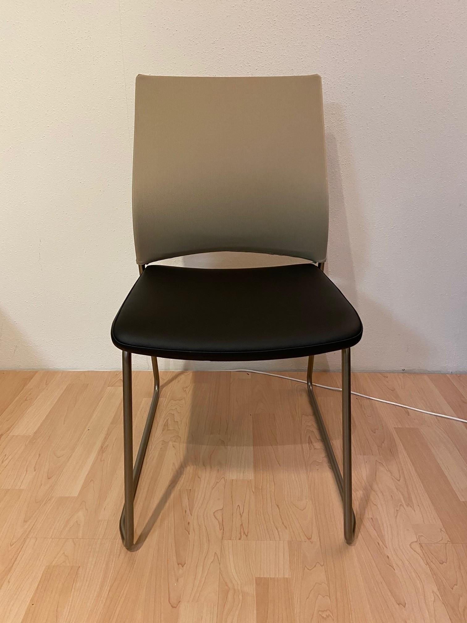 Stühle Bow von Bacher 03