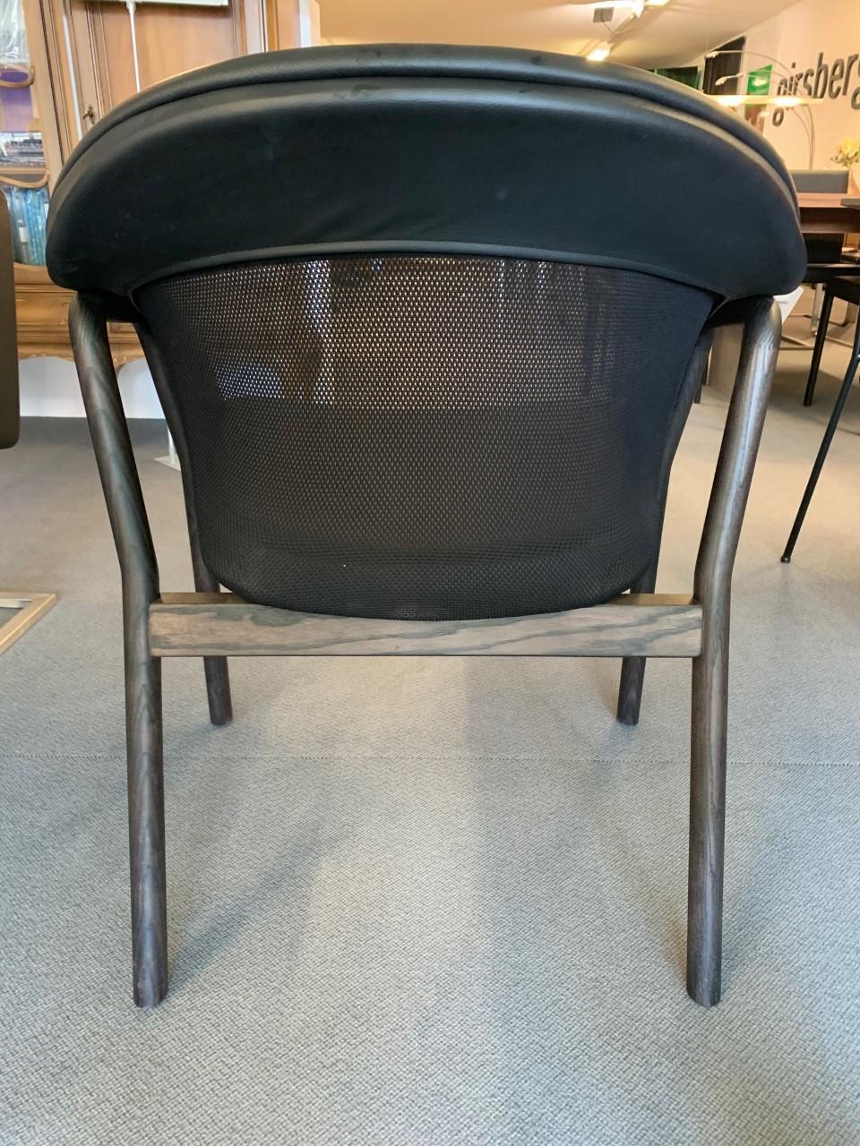 4-Bein Stuhl Lana von Girsberger 01