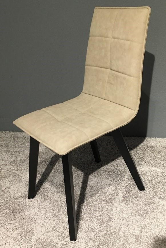 6 Stühle Elba Lüönd 01