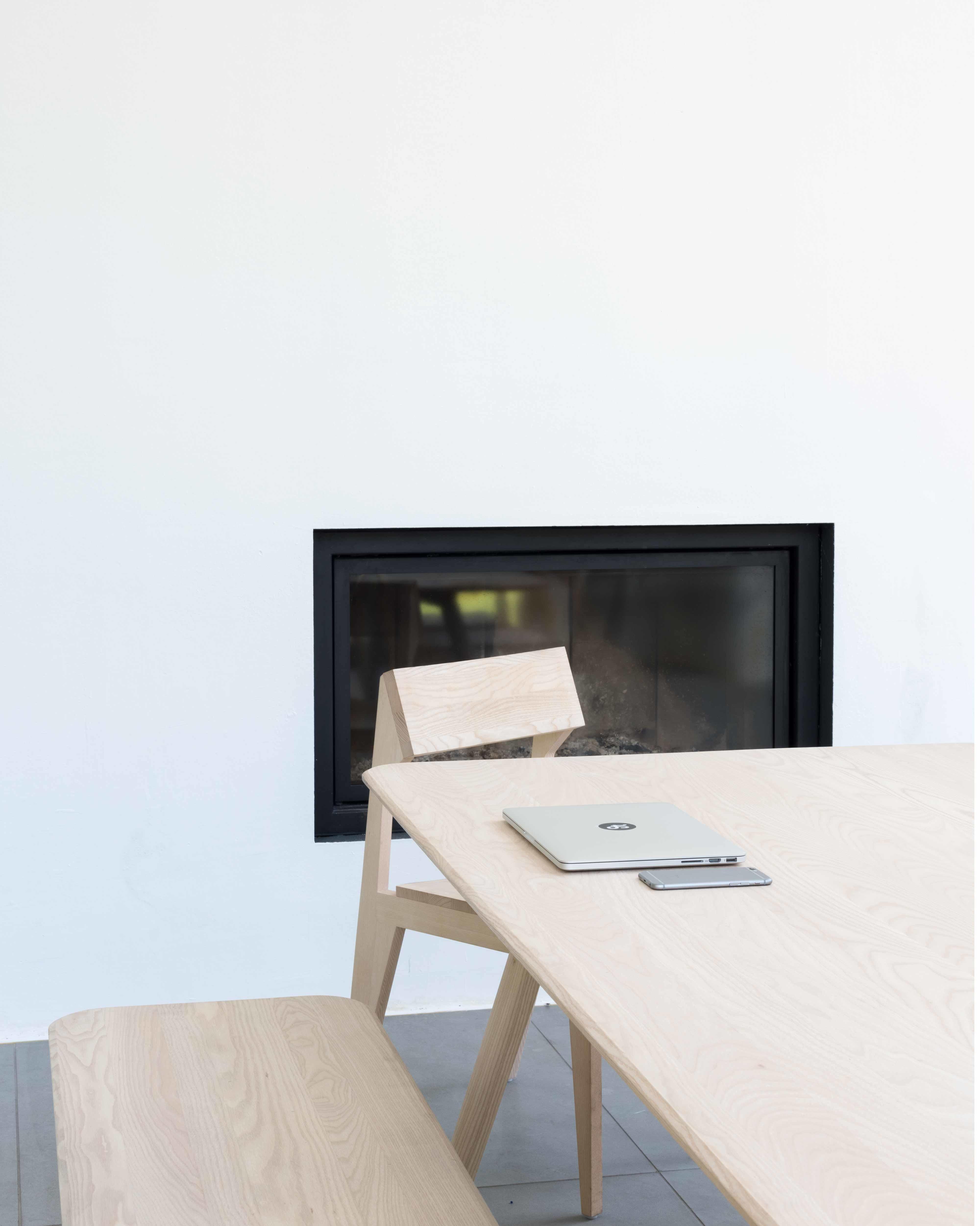 Objekte unserer Tage Tisch Large 02