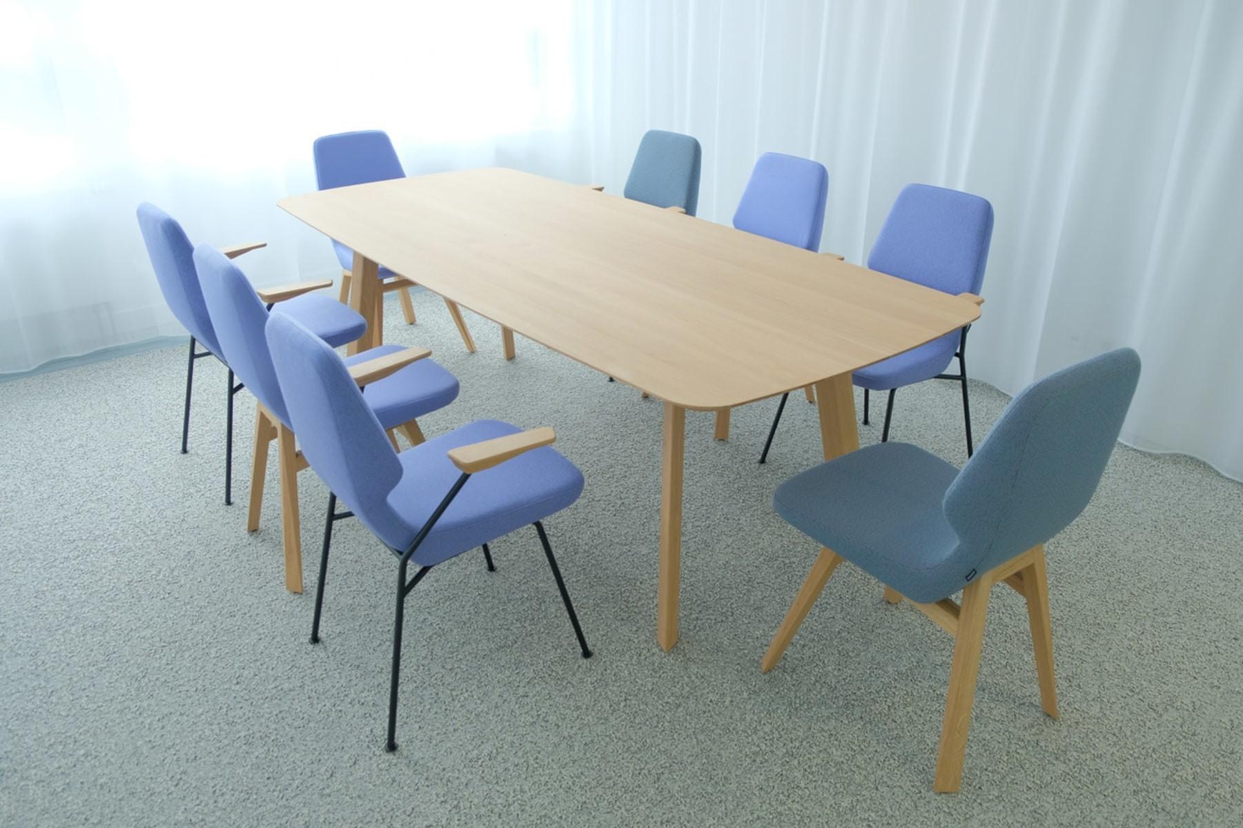 Stuhl oblique 03