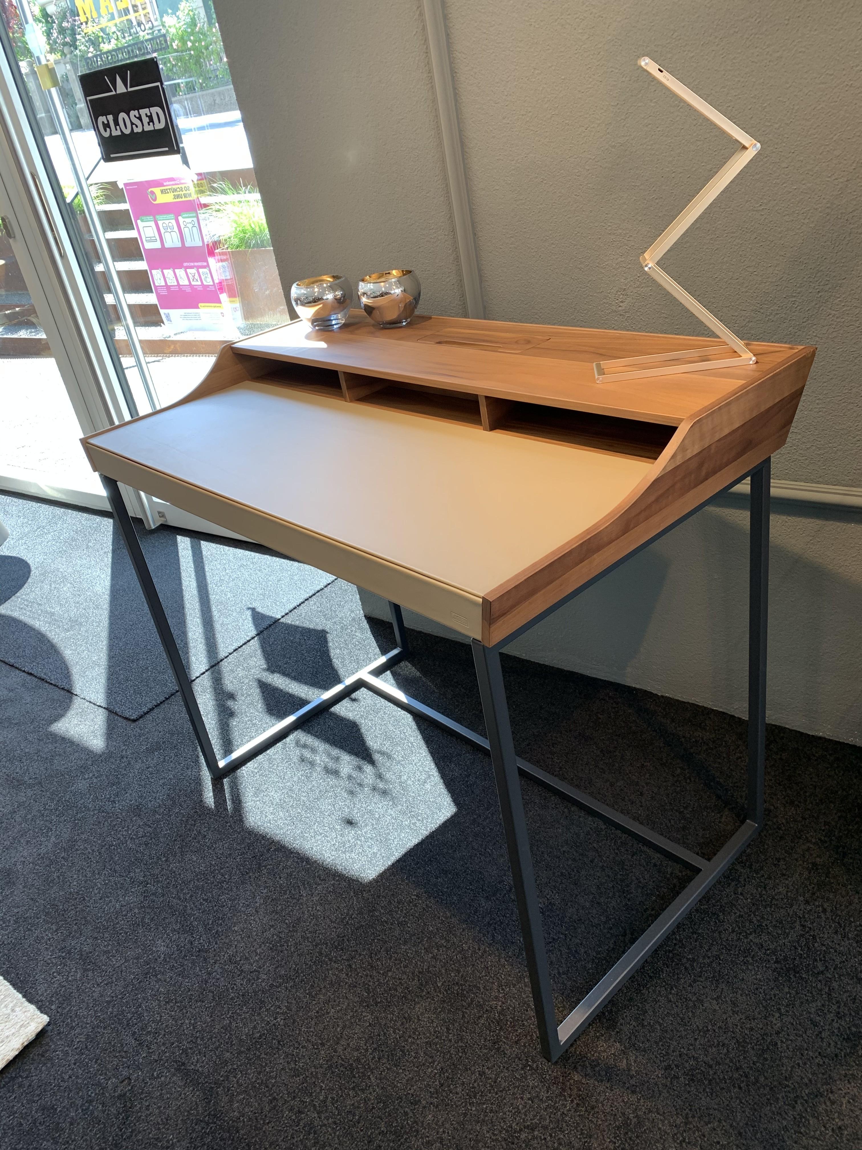 Schreibtisch  07