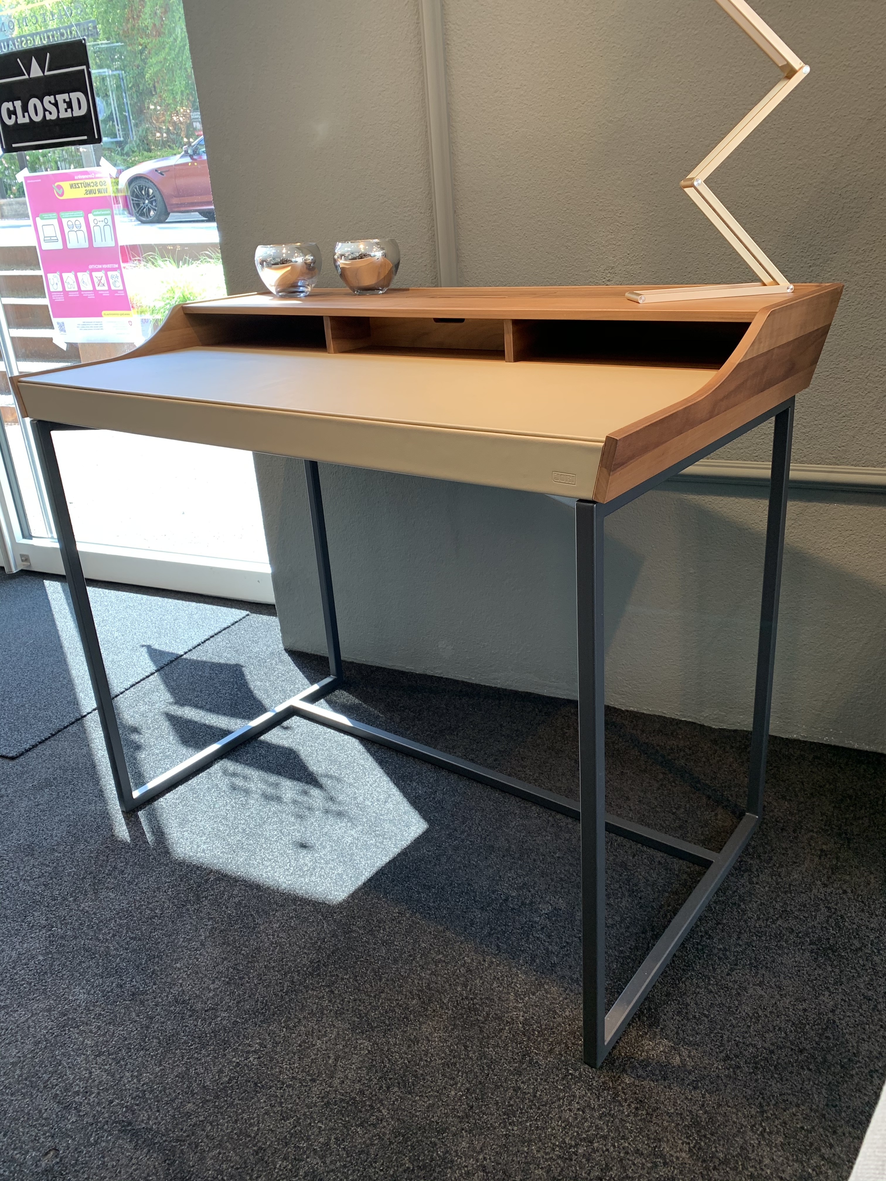Schreibtisch  09