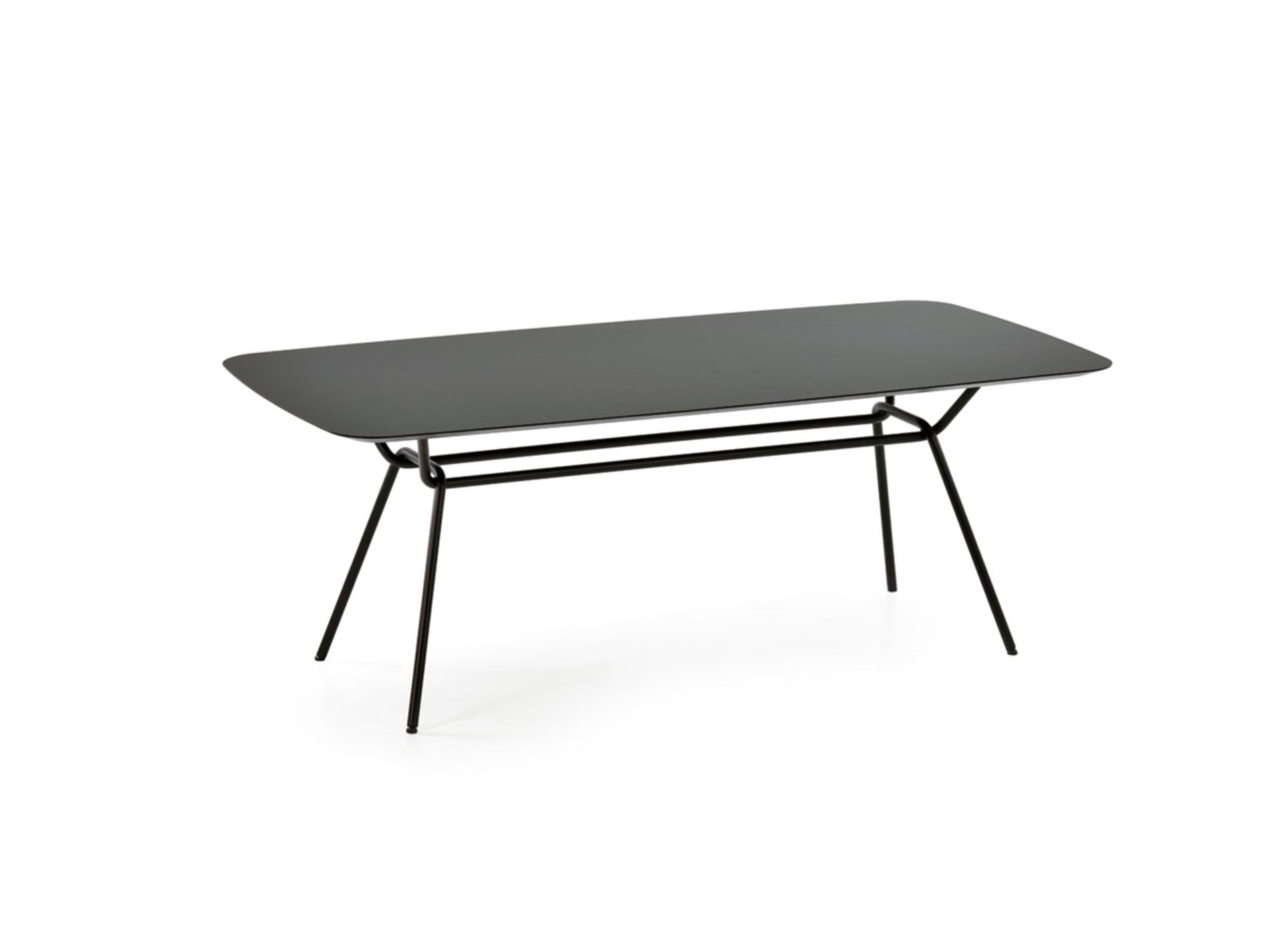 Tisch strain prostoria 02