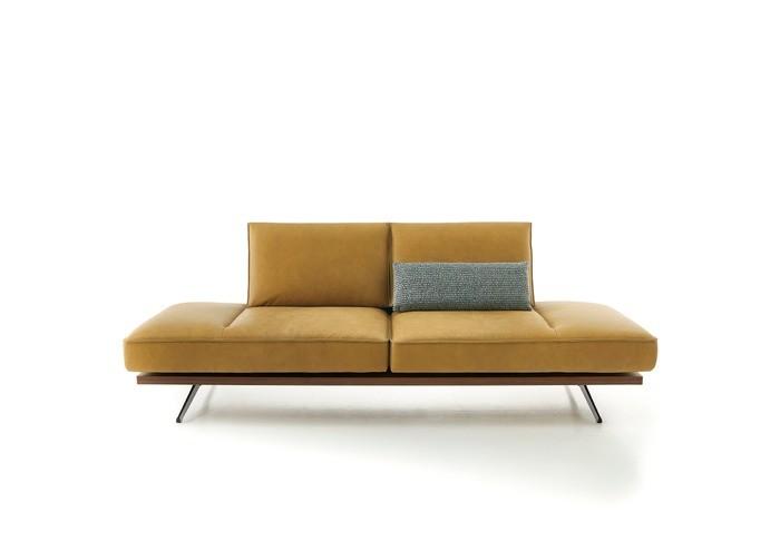 Phoenix 2.5 Sofa 04