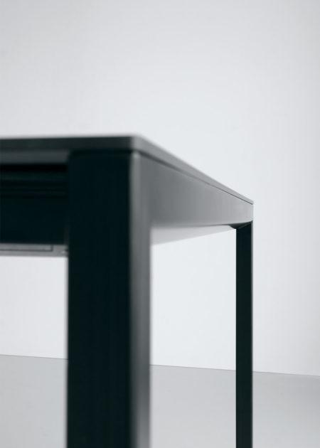 Tisch Sinex schwarz 04