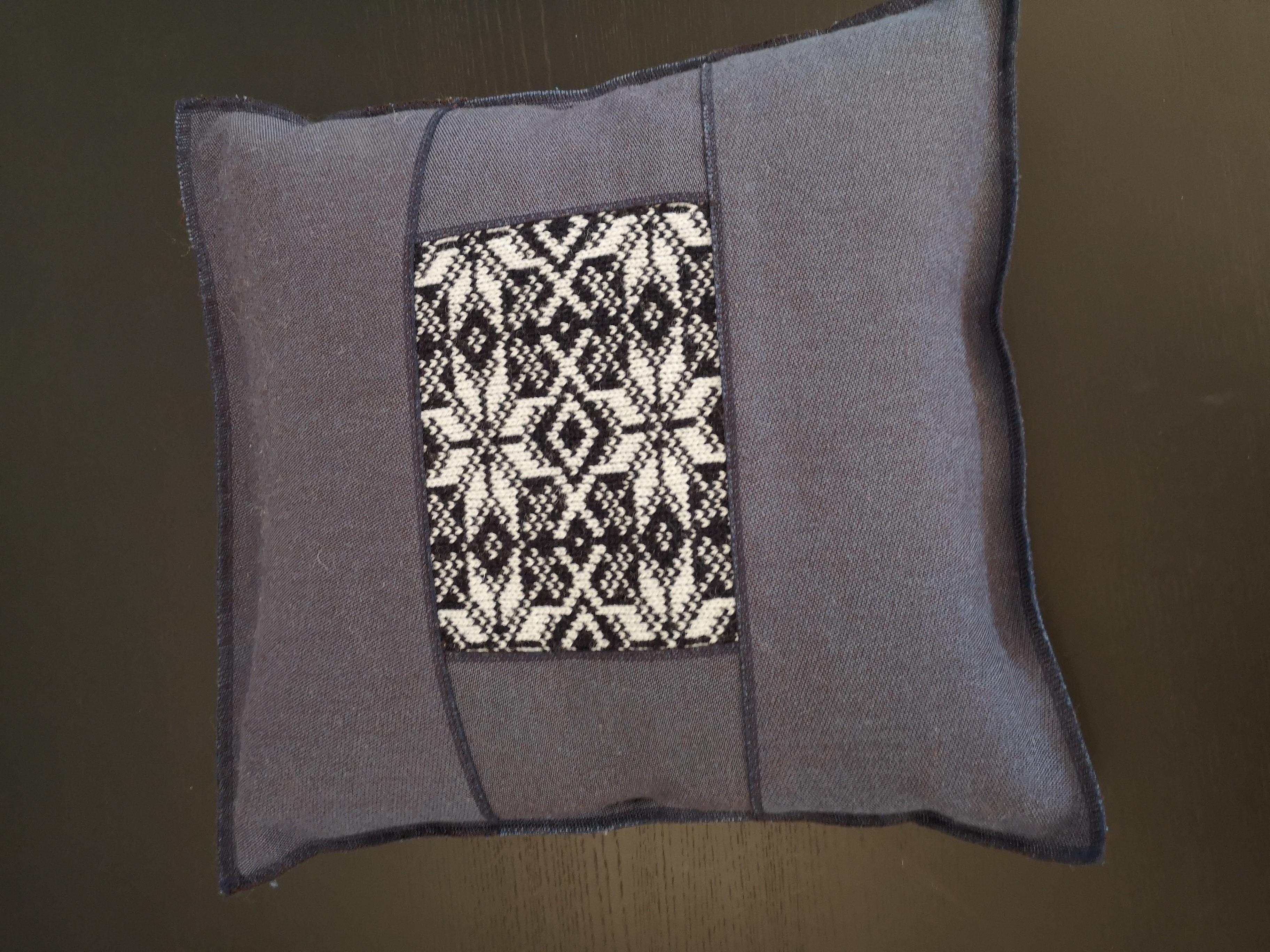 Design-Kissen hergestellt in der Schweiz 02