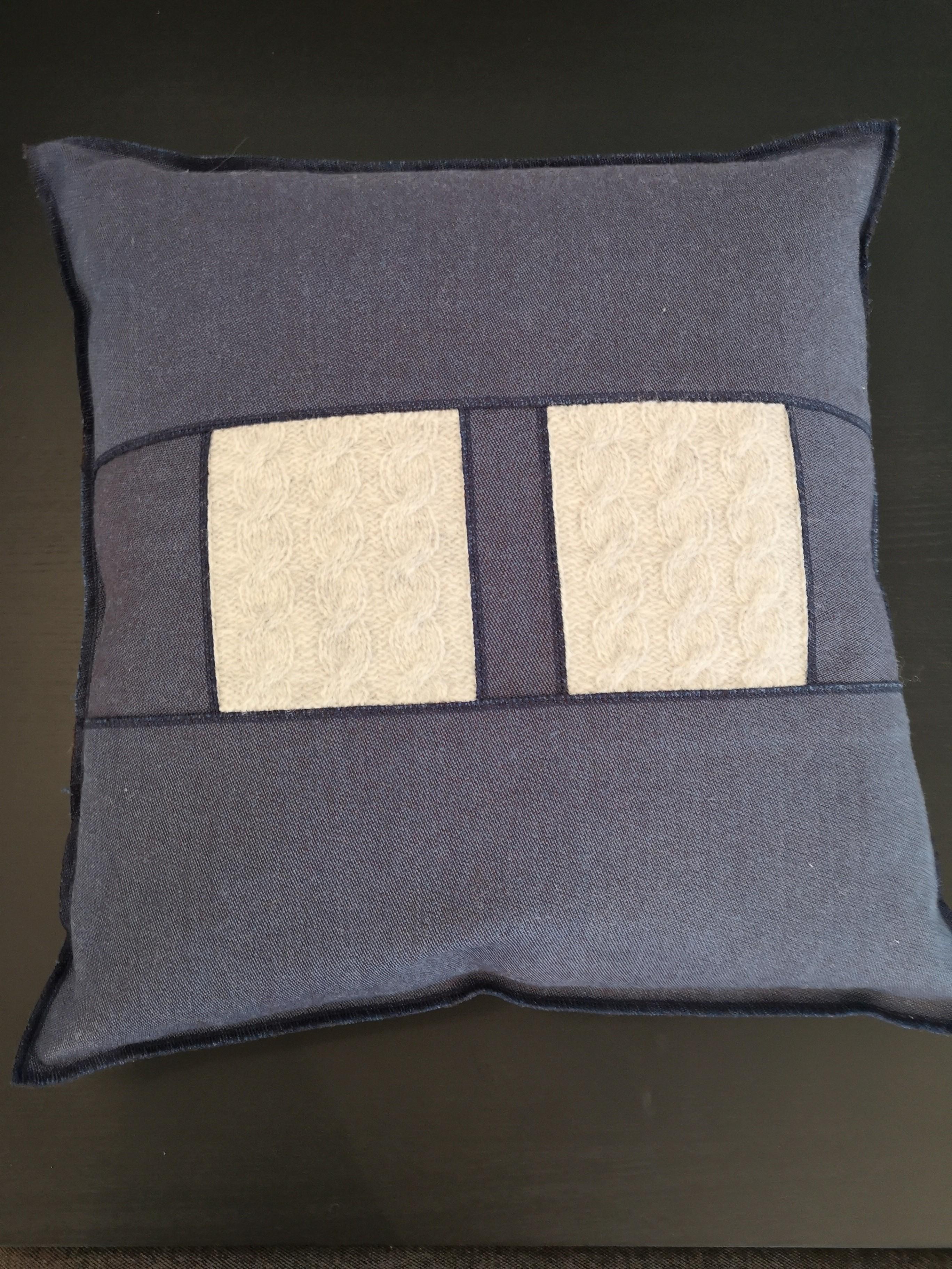 Design-Kissen hergestellt in der Schweiz - Kopieren - Kopieren - Kopieren 02