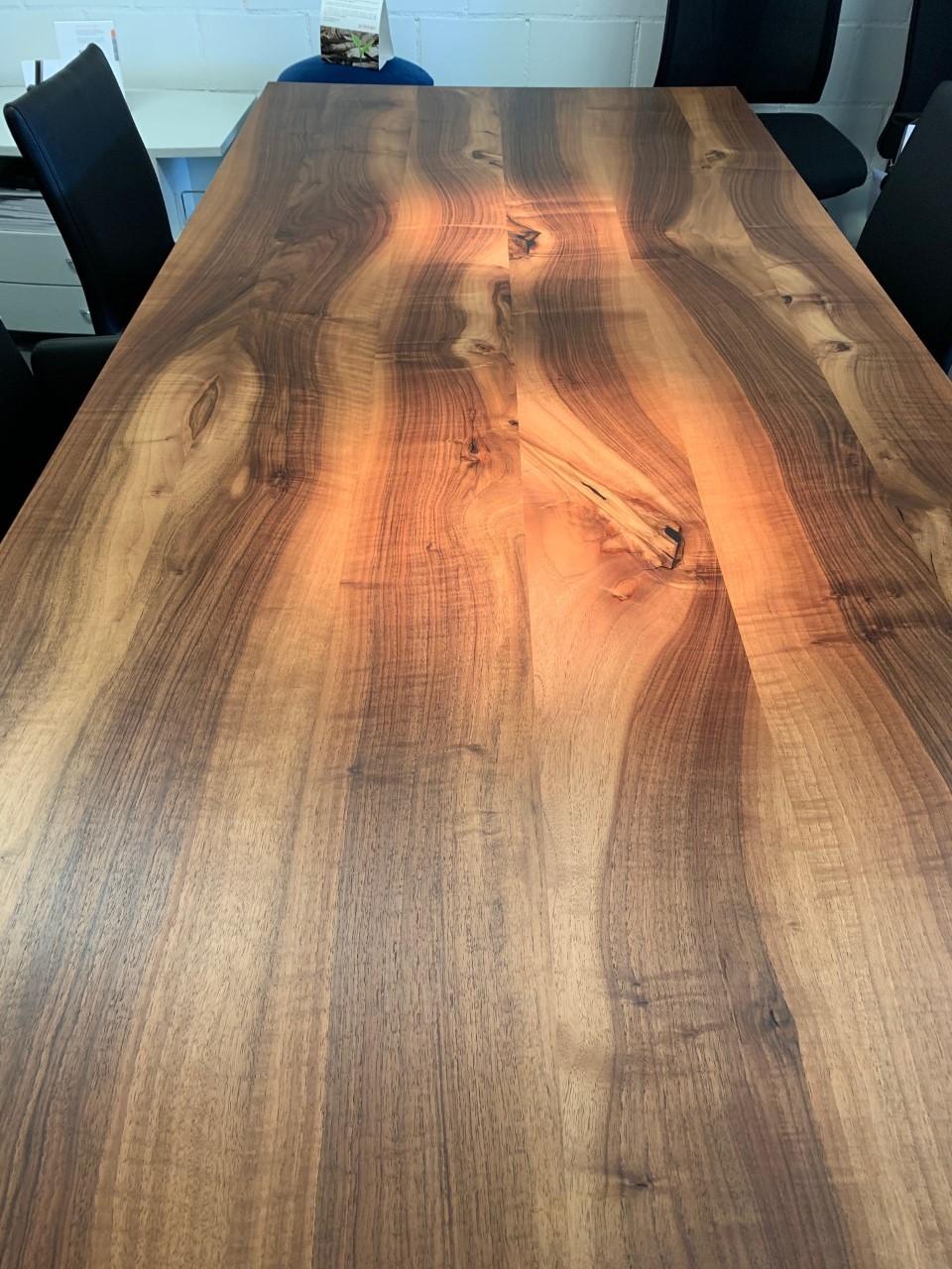 Tisch Europ. Nussbaum massiv Modell Henry von Girsberger 100 x 240 cm 03