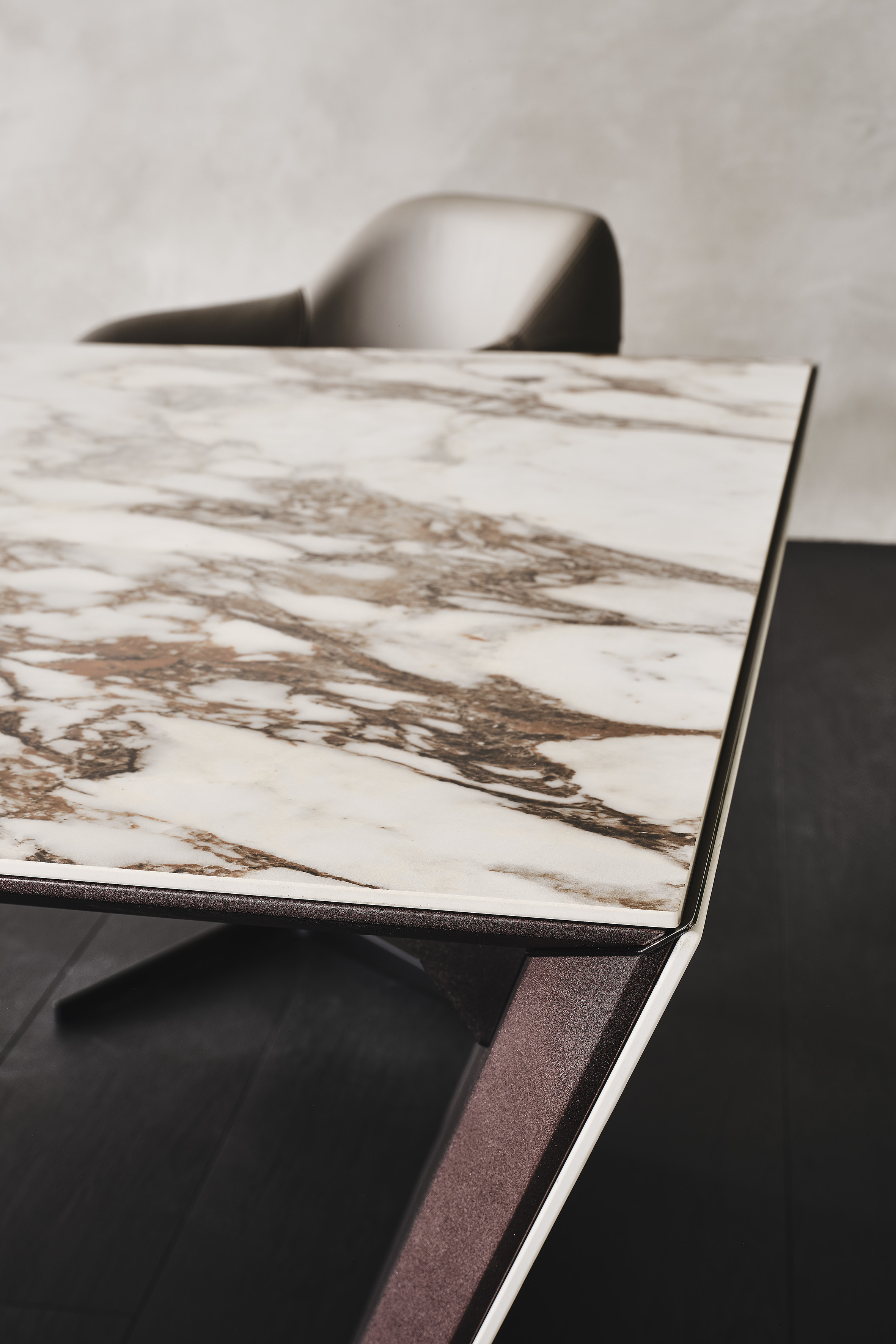 Schreibtisch Cattelan Nasdaq Keramik 09