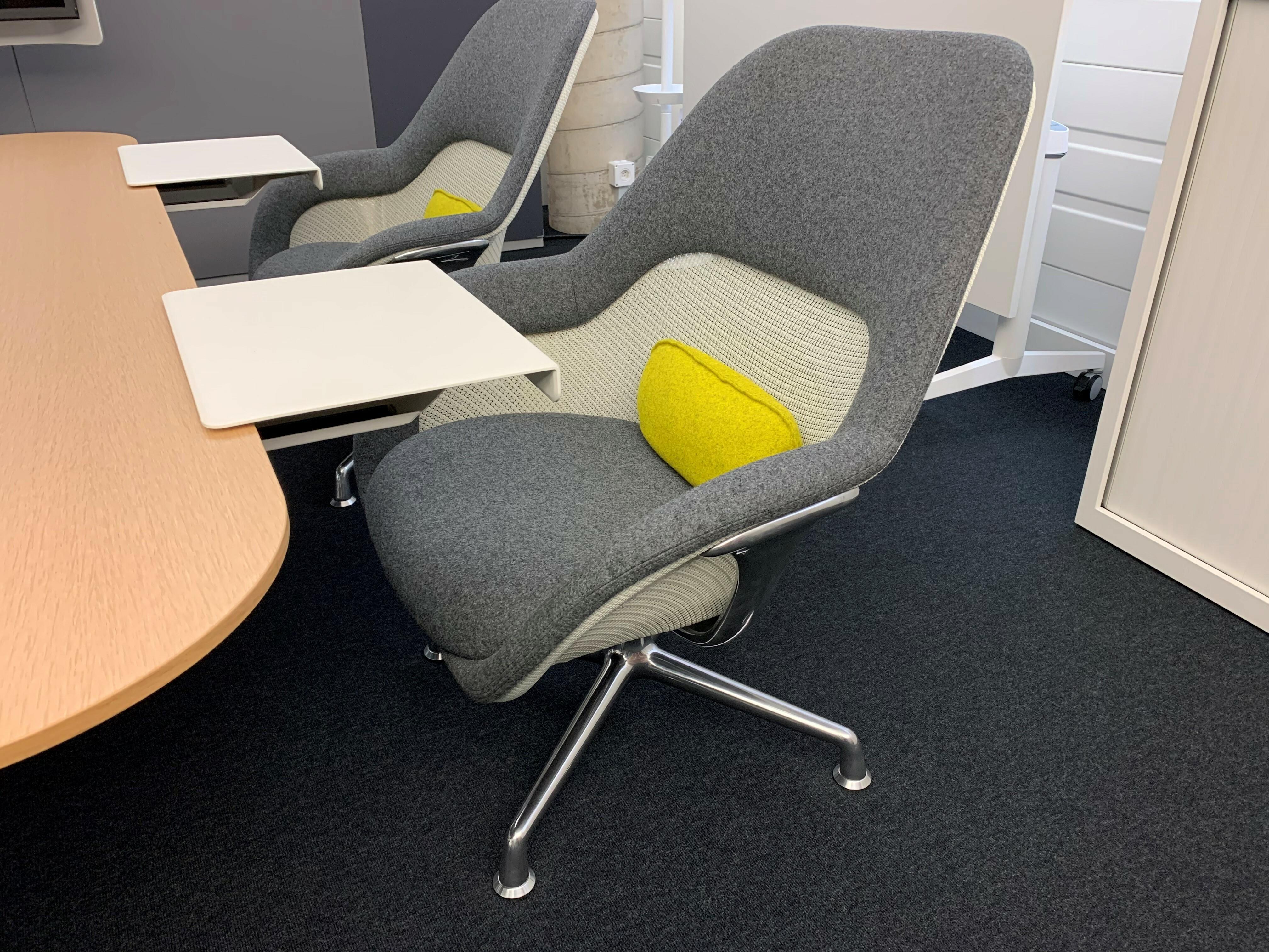 Table et siège de Coalesse 06
