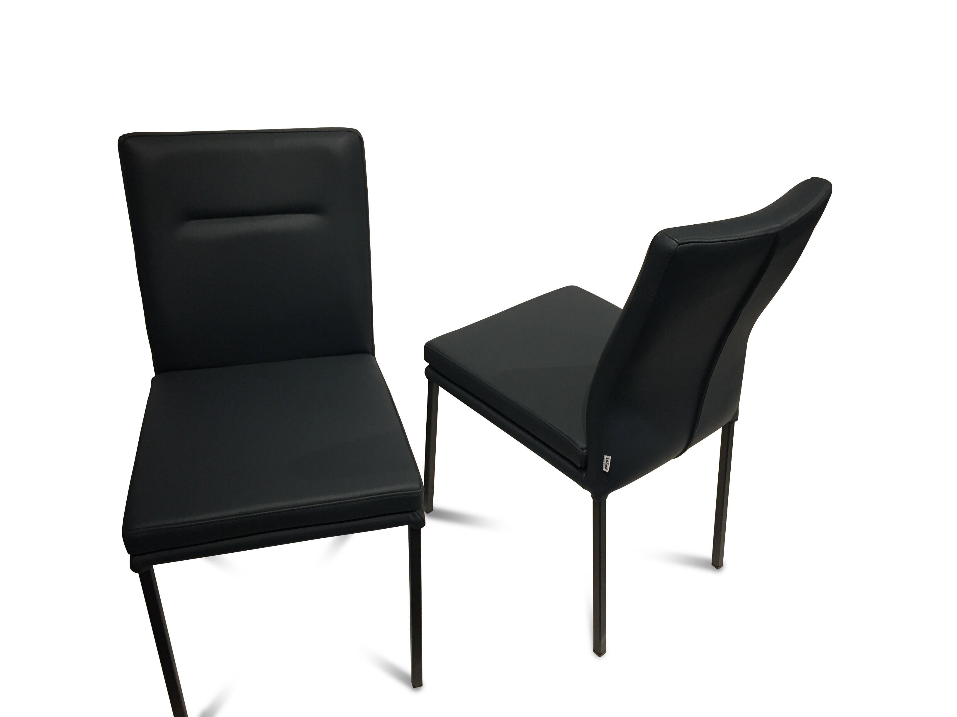 Stuhlkombination mit Sitzbank LIAM Lüönd 13