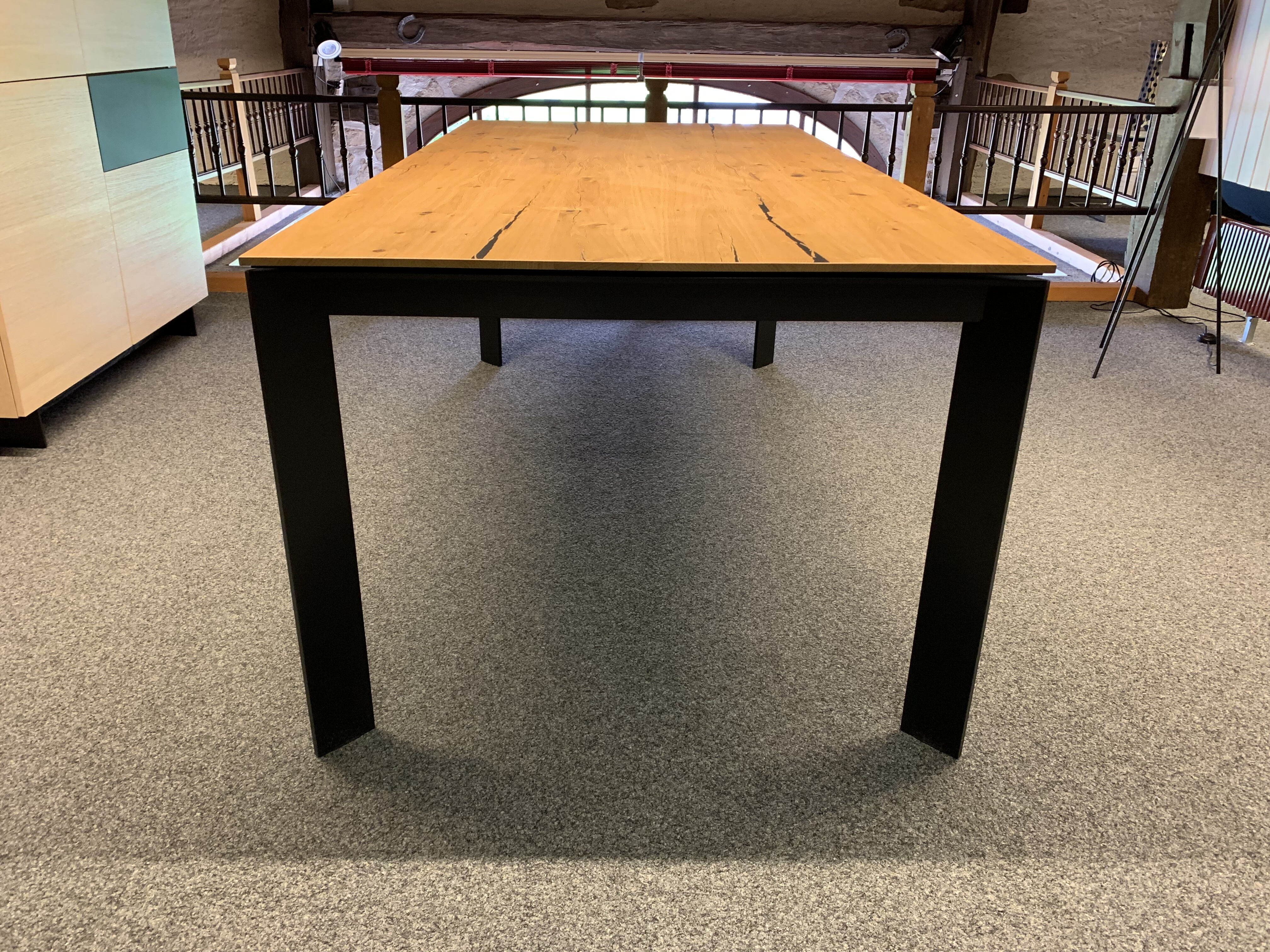 Table Brooklyn de Karel Mintjens 03