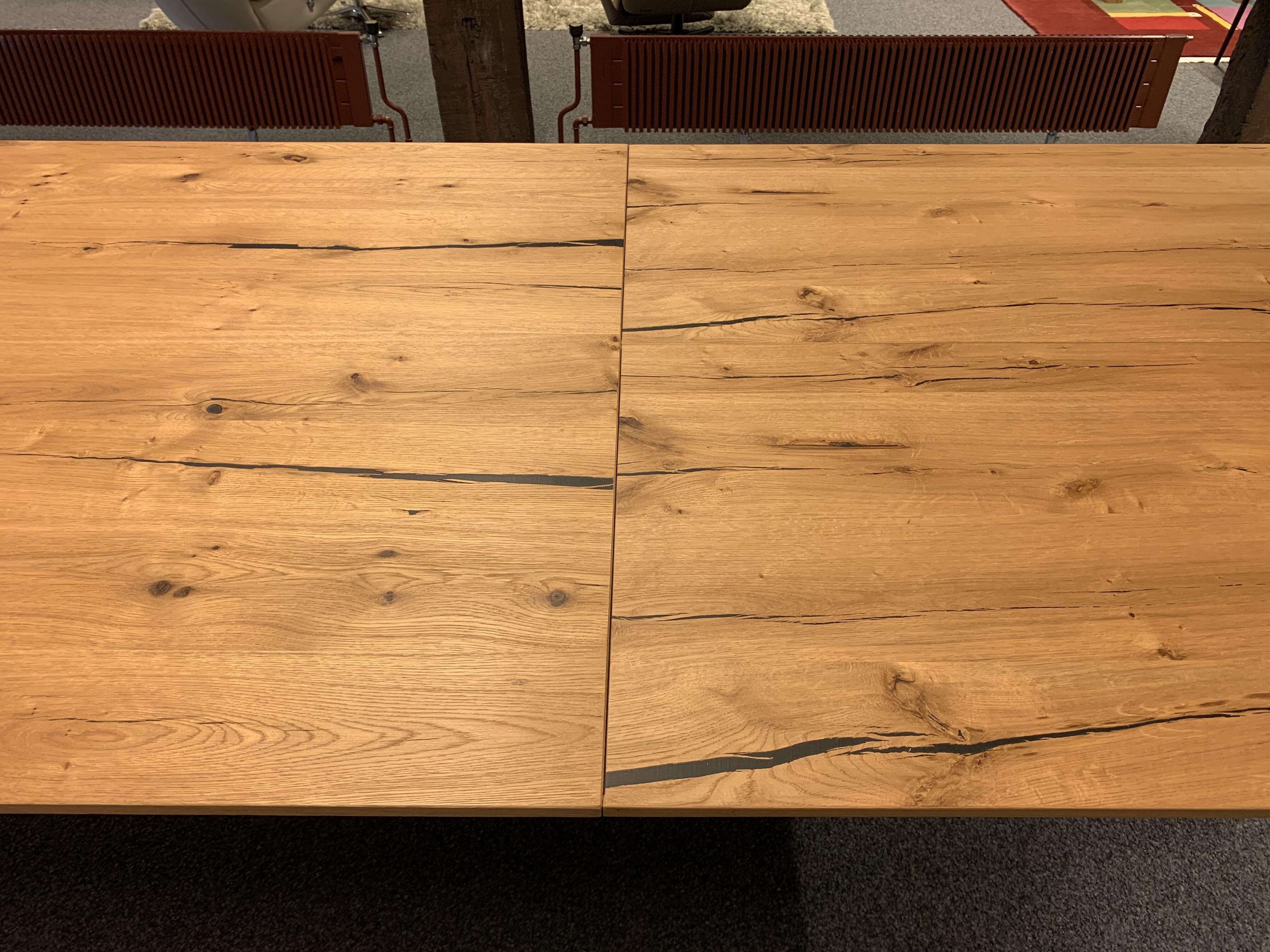 Table Brooklyn de Karel Mintjens 11