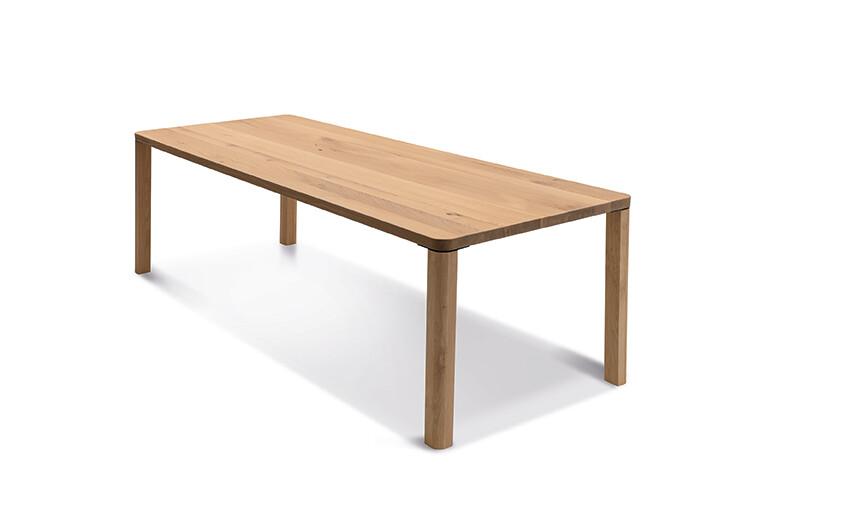Massivholztisch Style Ast-Eiche Bianco 240 x 95 cm Lüönd 01