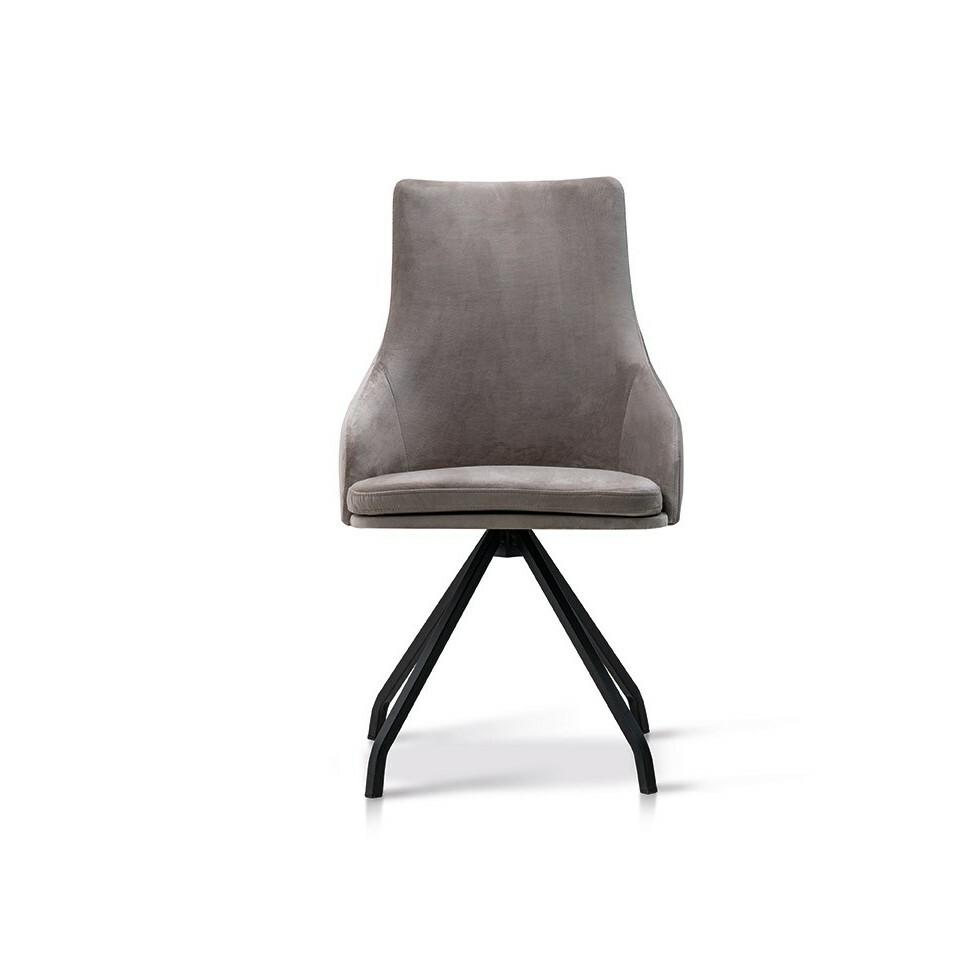 6 Stühle Hella Lüönd 01
