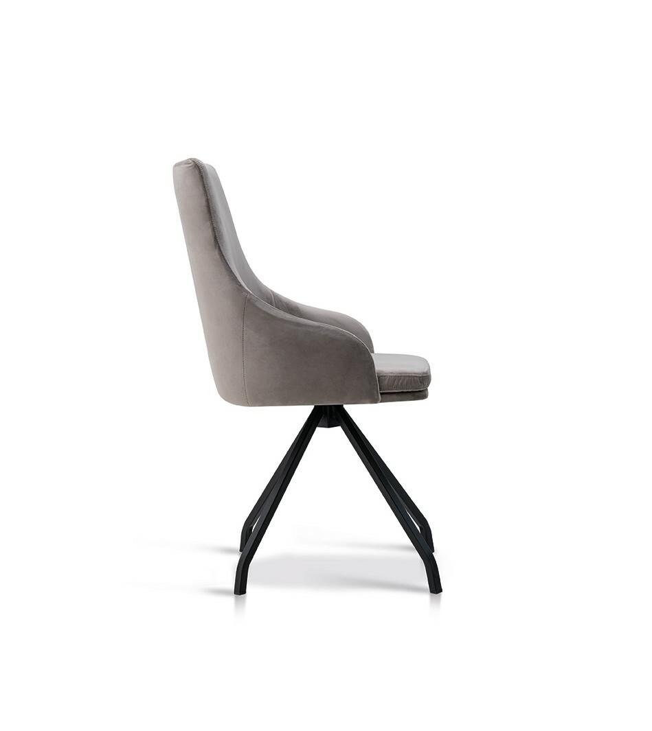 6 Stühle Hella Lüönd 03