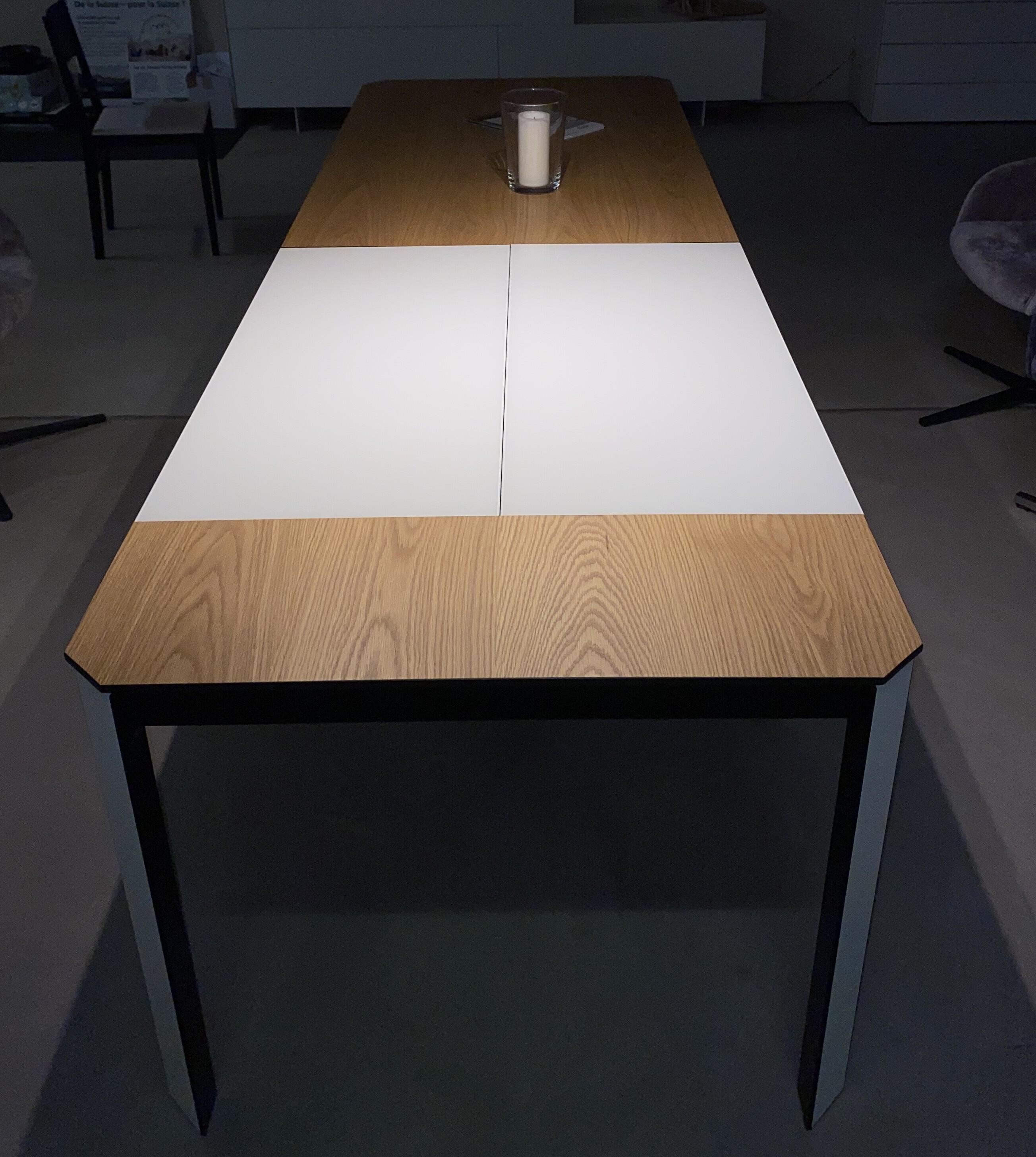 MAB Möbel ANNA Tisch 02