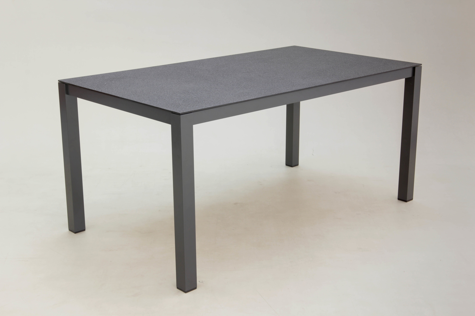 1539165398-gartenmoebel-160x90cm-alutisch-vido_0.jpg