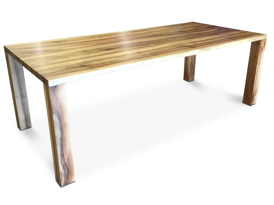 Tisch Classic, Schweizer Nussbaum, vollmassiv geölt 06