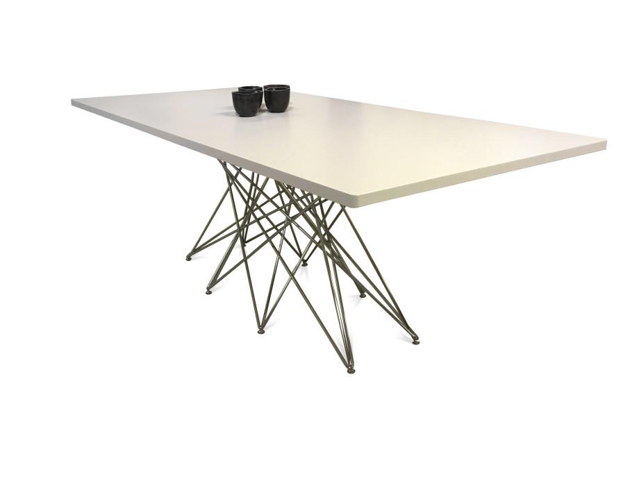 Tisch in Lack/weiss / Bonaldo 06