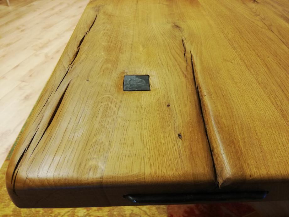 Table en chêne sauvage massif 05