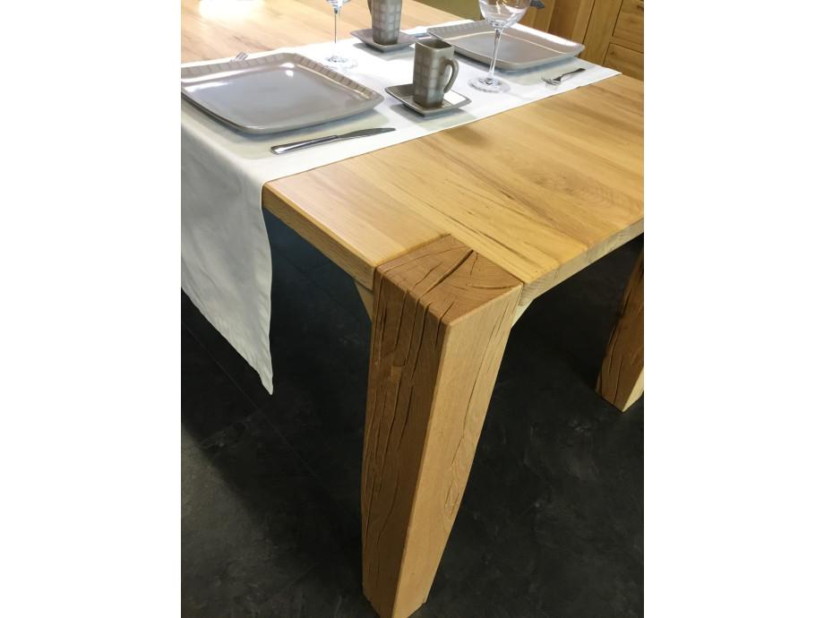 Tisch Largo Sumpfeiche geschroppt 04