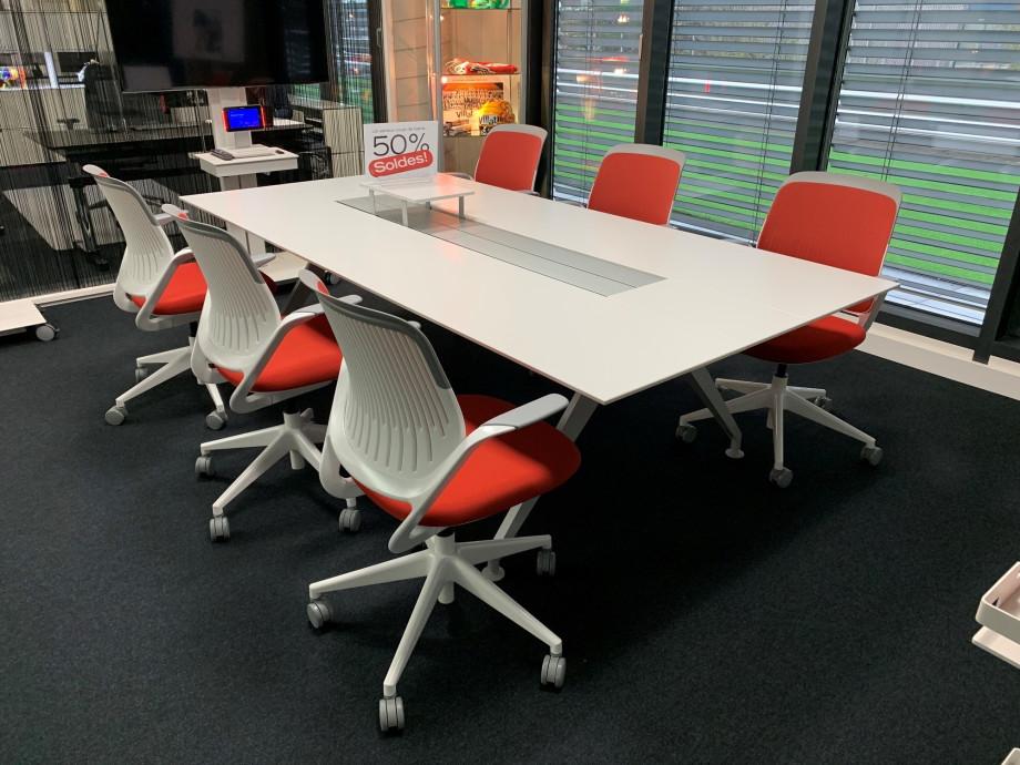 1547111825-buero-table-de-conference-48-four-point-eight-de-steelcase_0.jpg