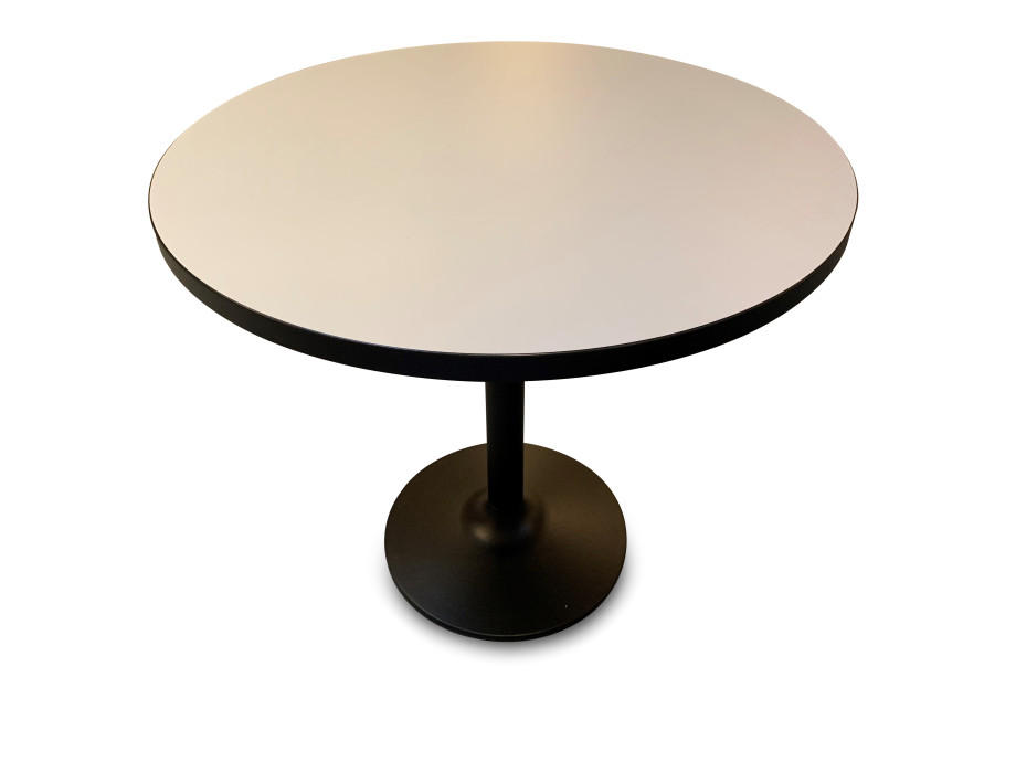 Tisch Pinta Dietiker 05