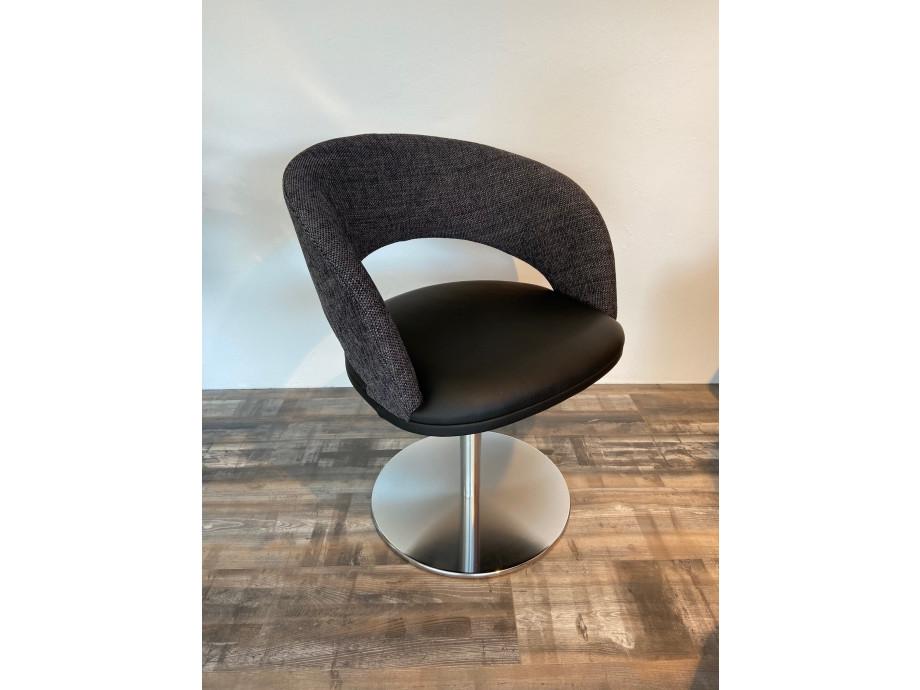 4 Stühle von K+W 04