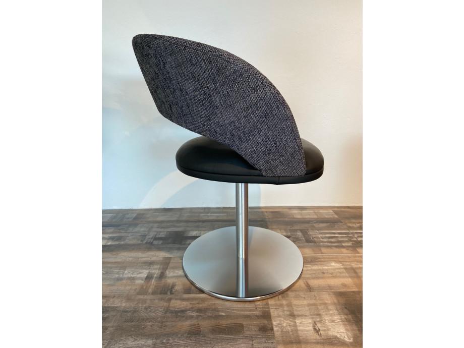 4 Stühle von K+W 02