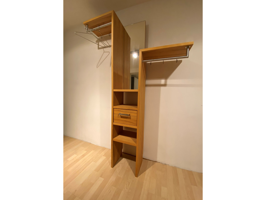 Garderobe Timber 1 01