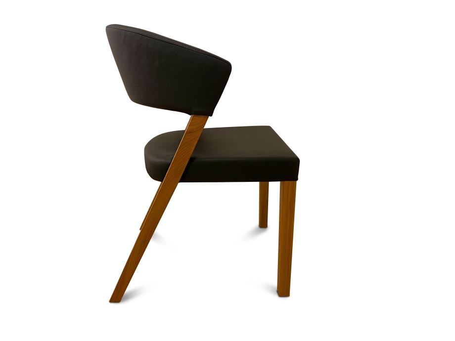 Stuhl Xeno von Girsberger 03