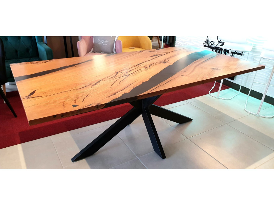 Esstisch Abonos Star Table mit Epoxid 01